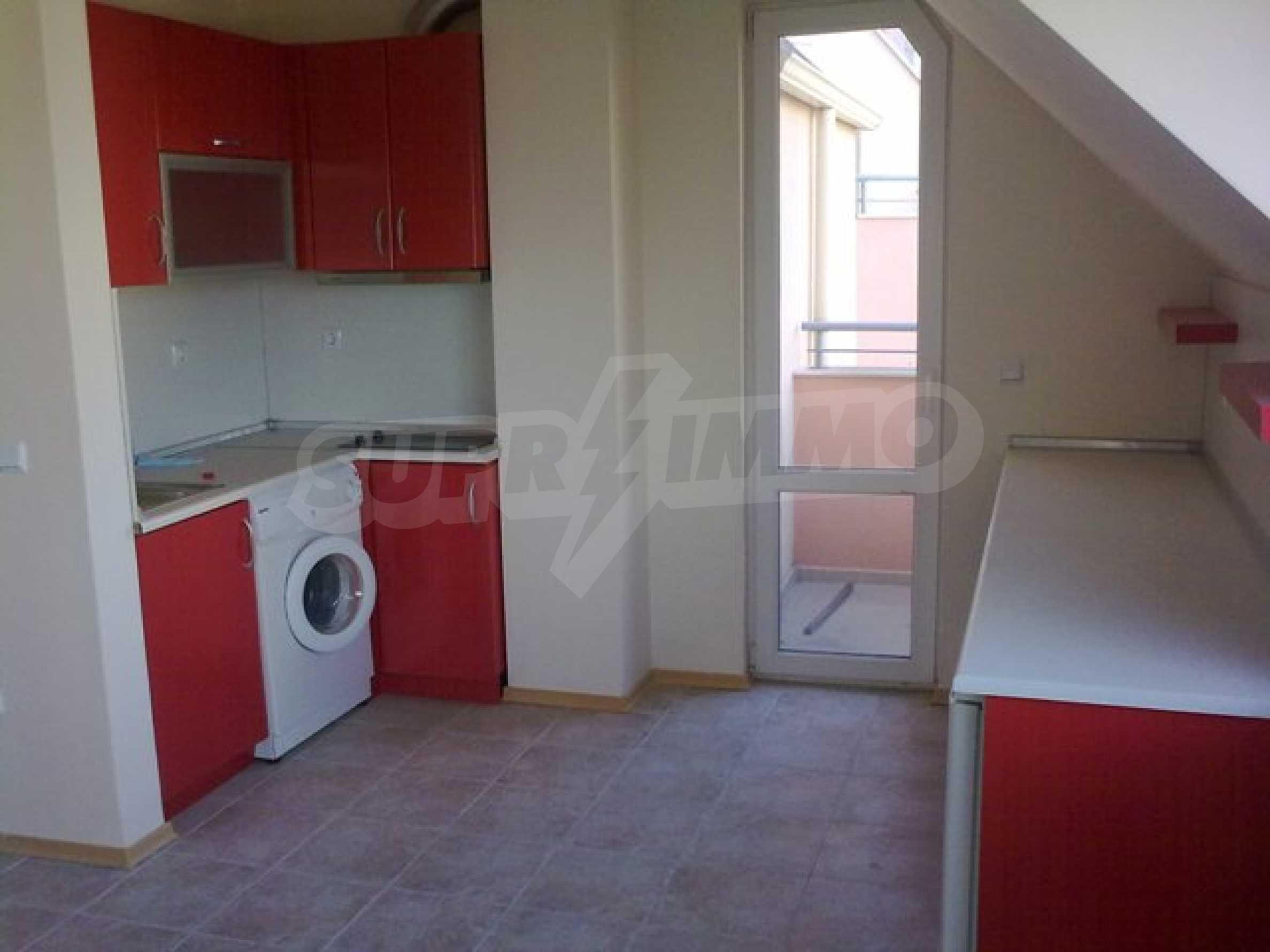 Апартамент в кв. Бриз 12