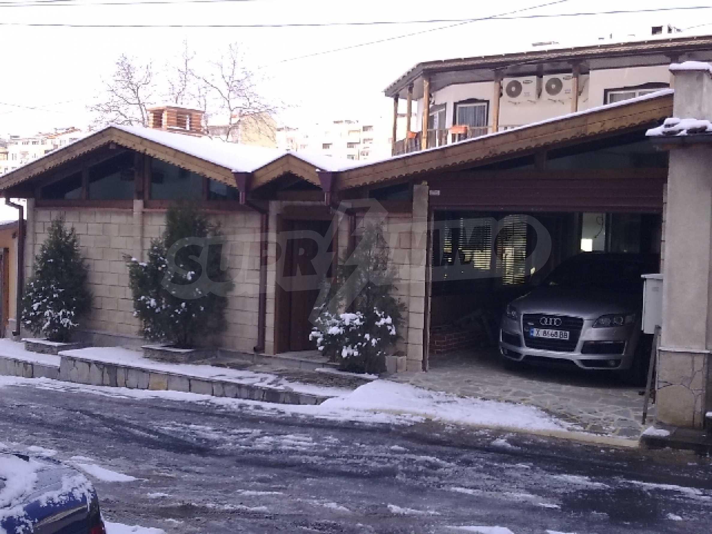 Къща за продажба в гр. Хасково 1