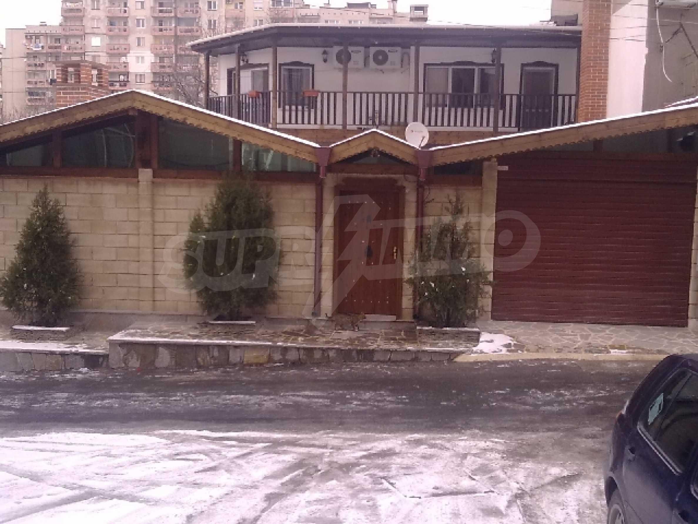 Къща за продажба в гр. Хасково 2