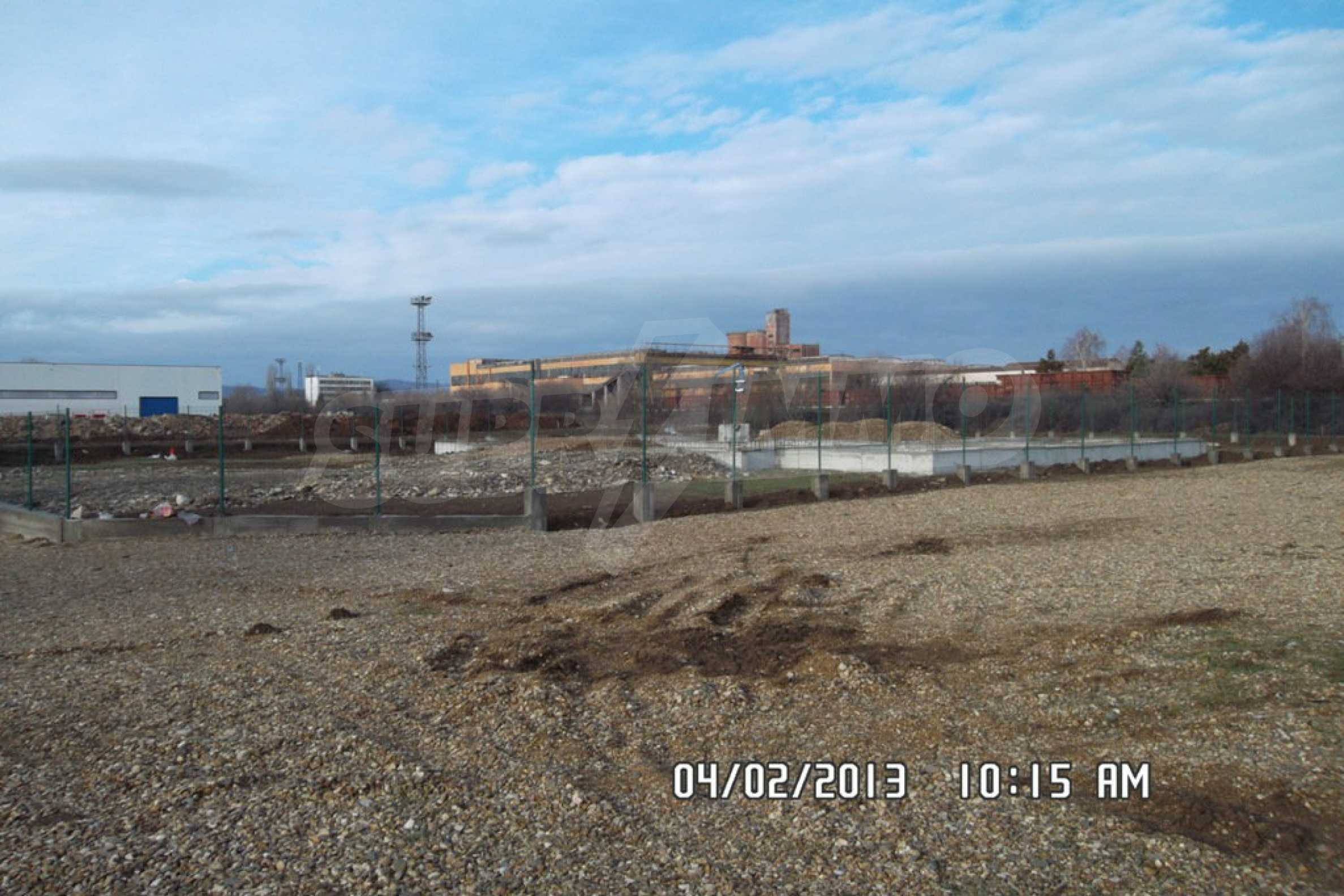 Plot of land in the industrial zone of Lovech  1