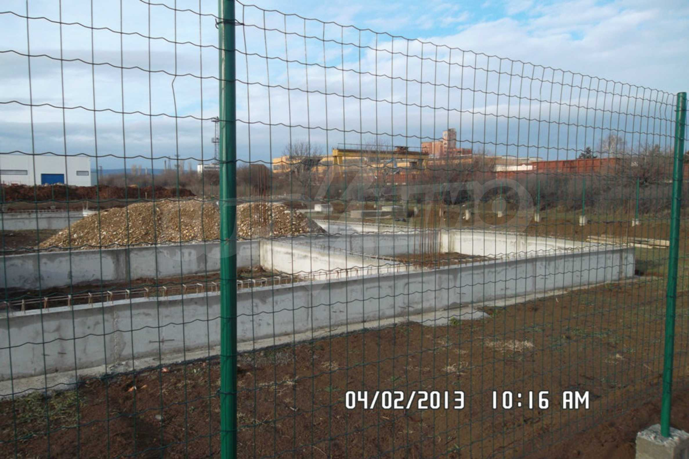 Plot of land in the industrial zone of Lovech  5