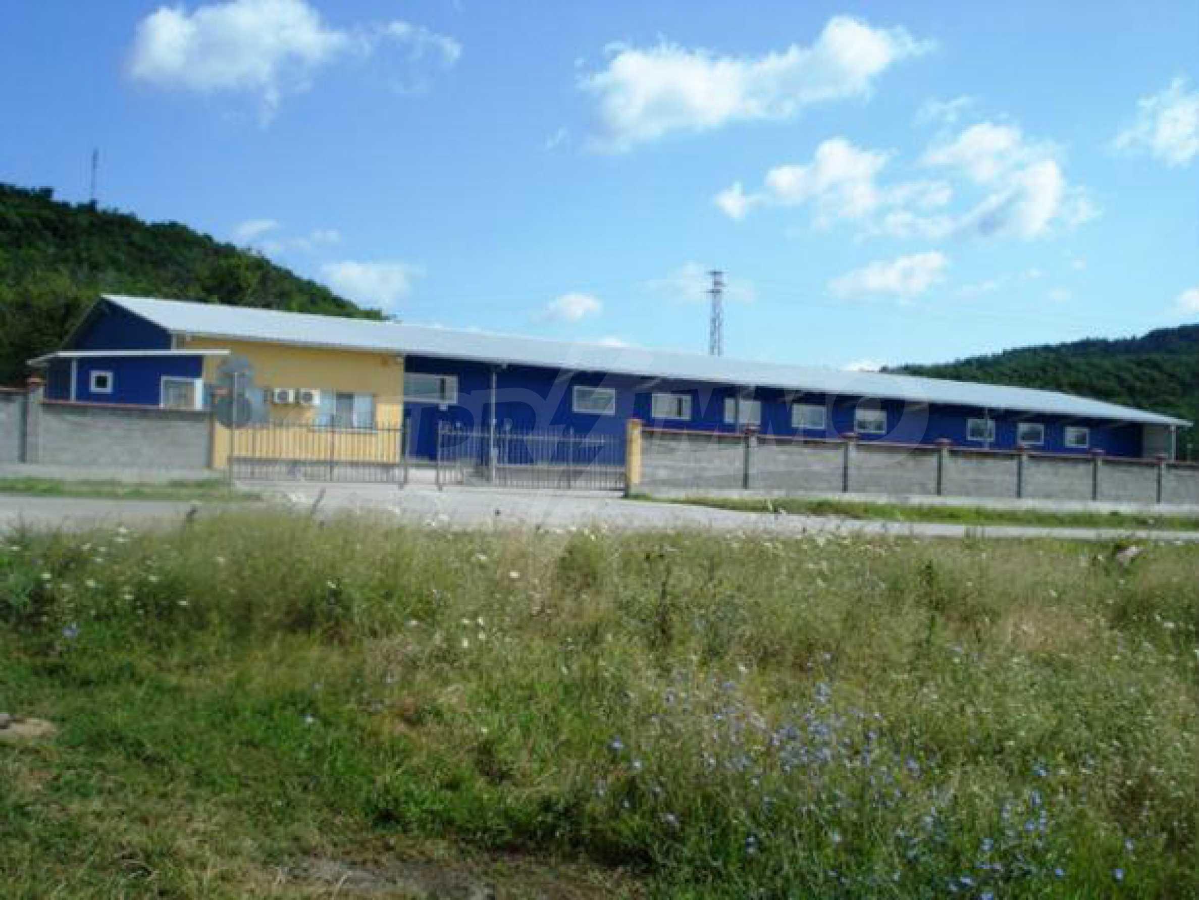 Handels- und Lagerbasis an der Hauptstraße Ruse - Svilengrad 2