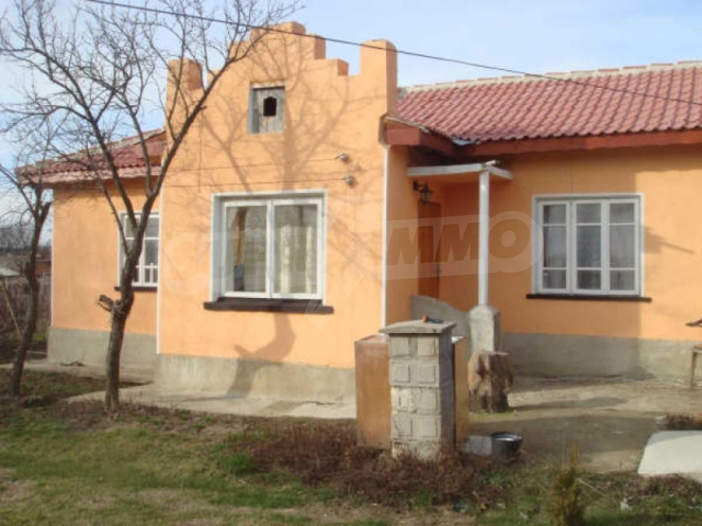 Дом вблизи г. Генерал Тошево