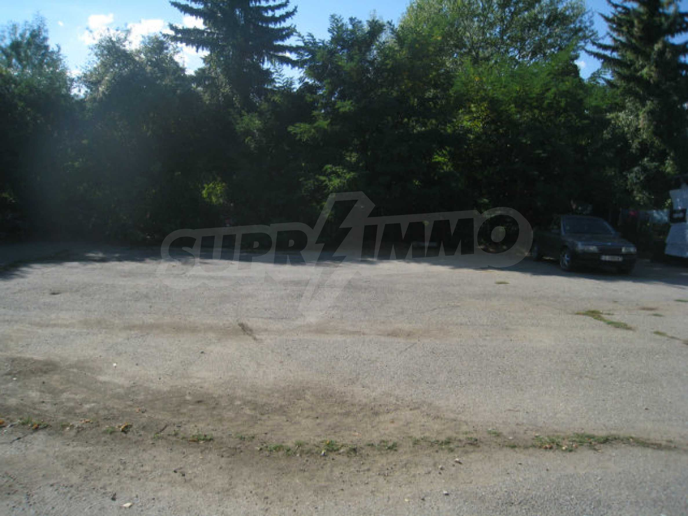 Large regulated plot of land for a private property near Sofia