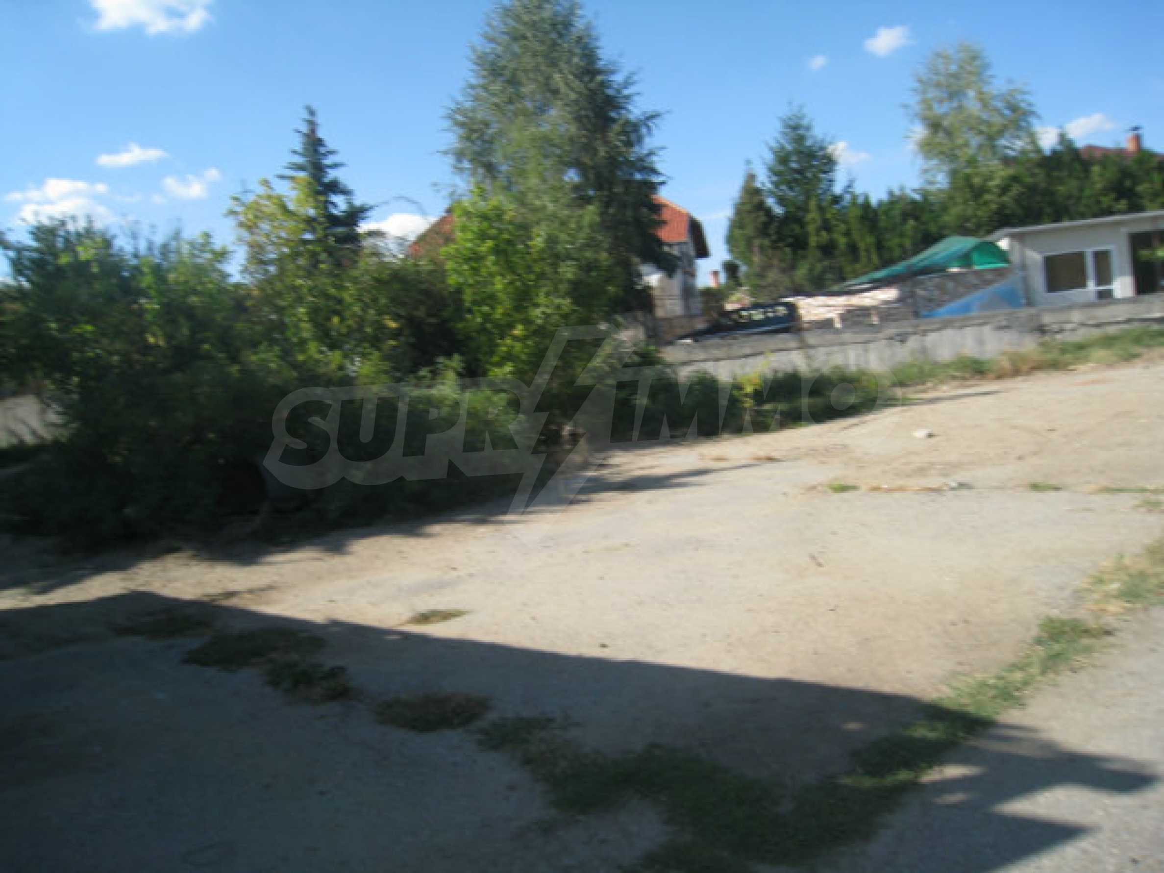 Large regulated plot of land for a private property near Sofia 8