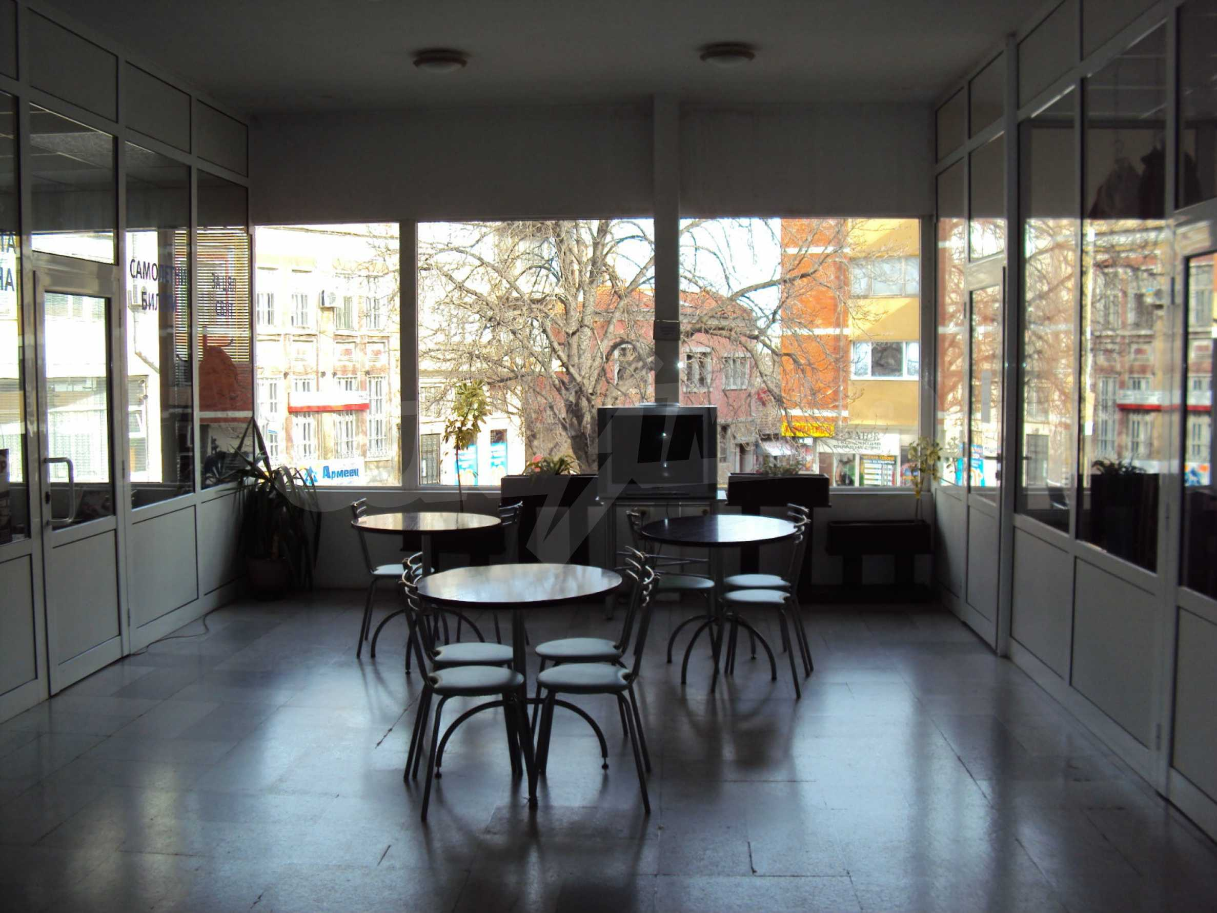Hotel for sale with a top city center location 46