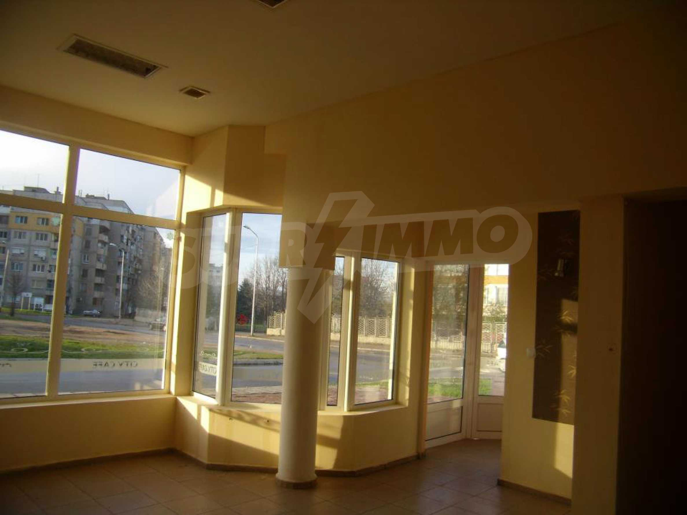 Shop for sale in a well-developed district of Lovech 9