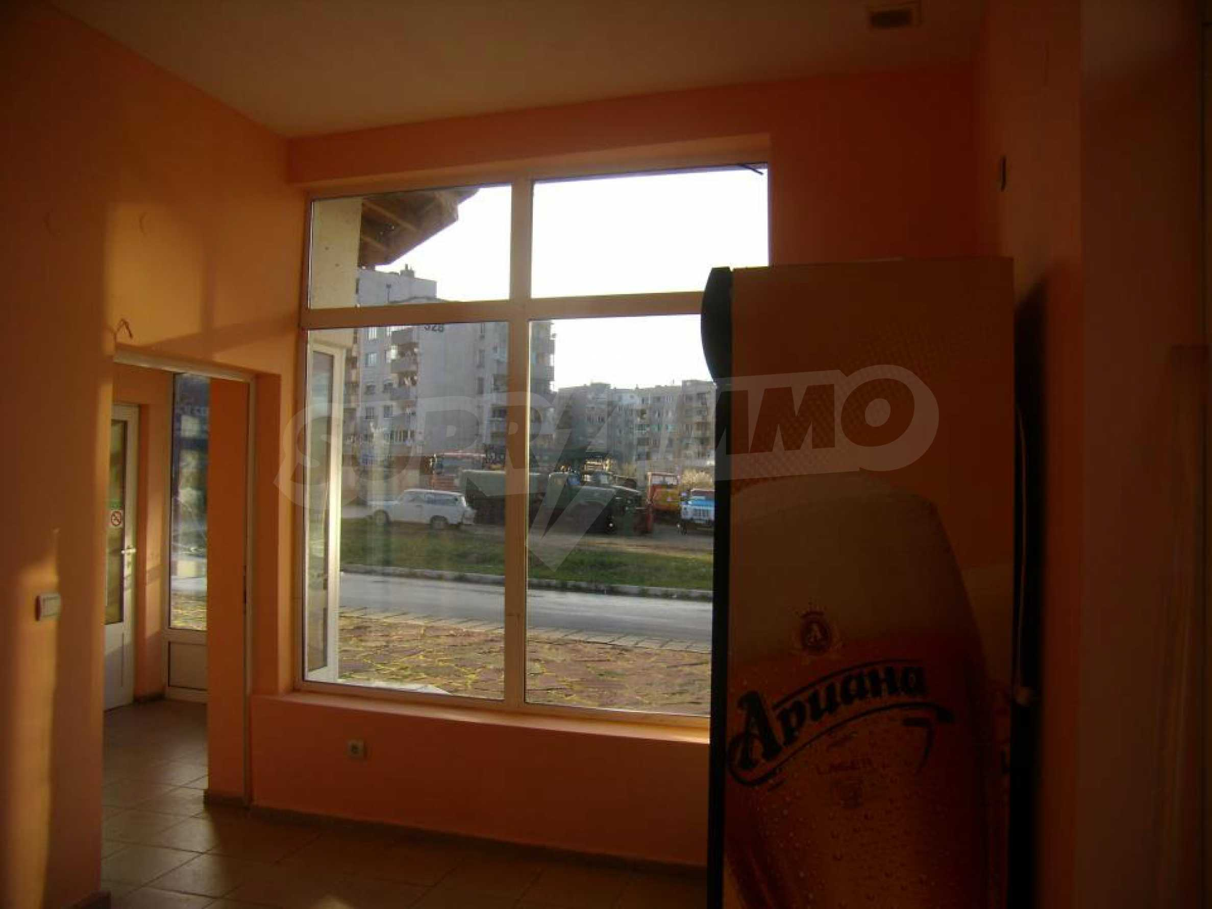 Shop for sale in a well-developed district of Lovech 1
