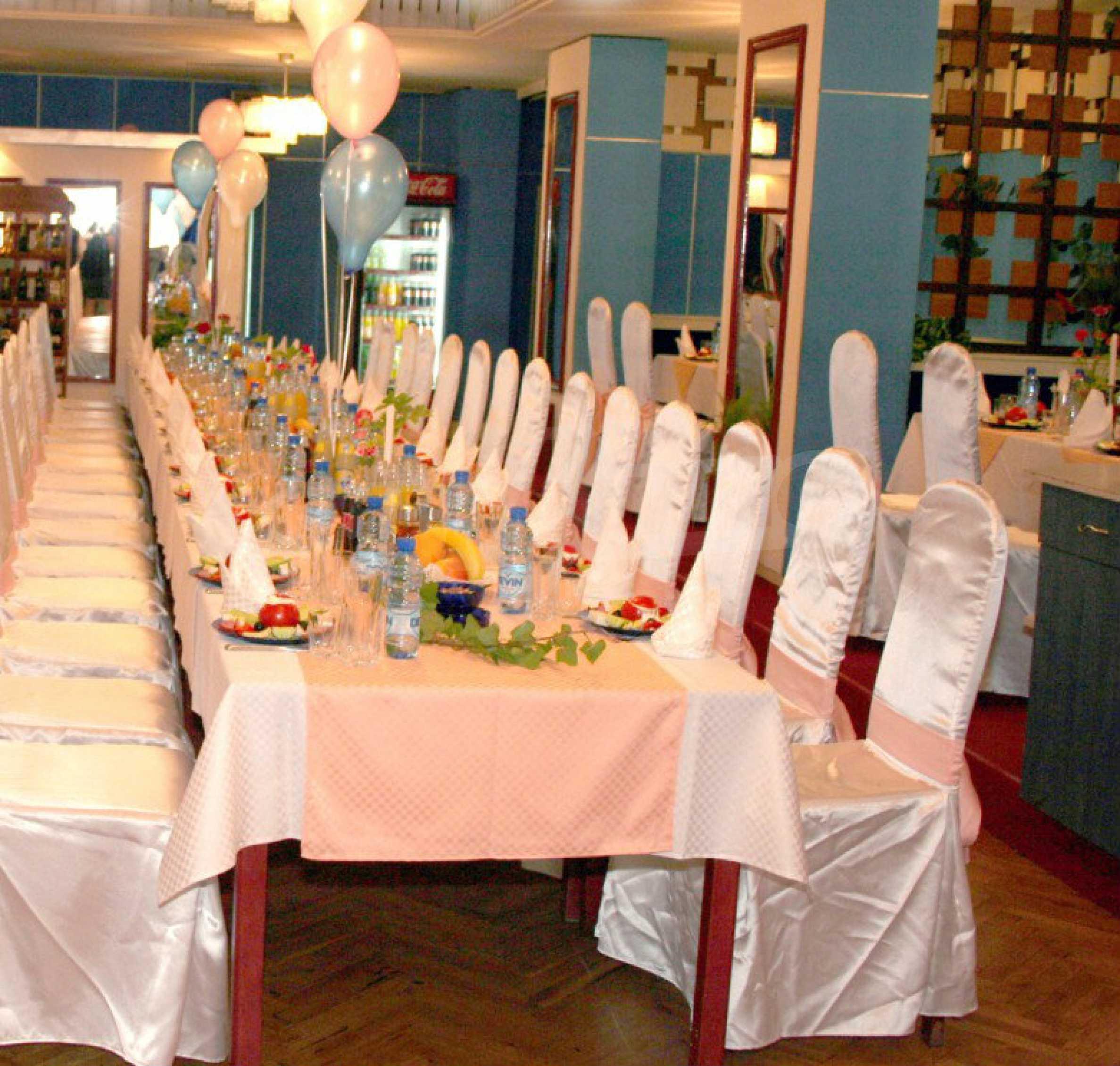 Betriebsrestaurant in der oberen Mitte von Gabrovo 4