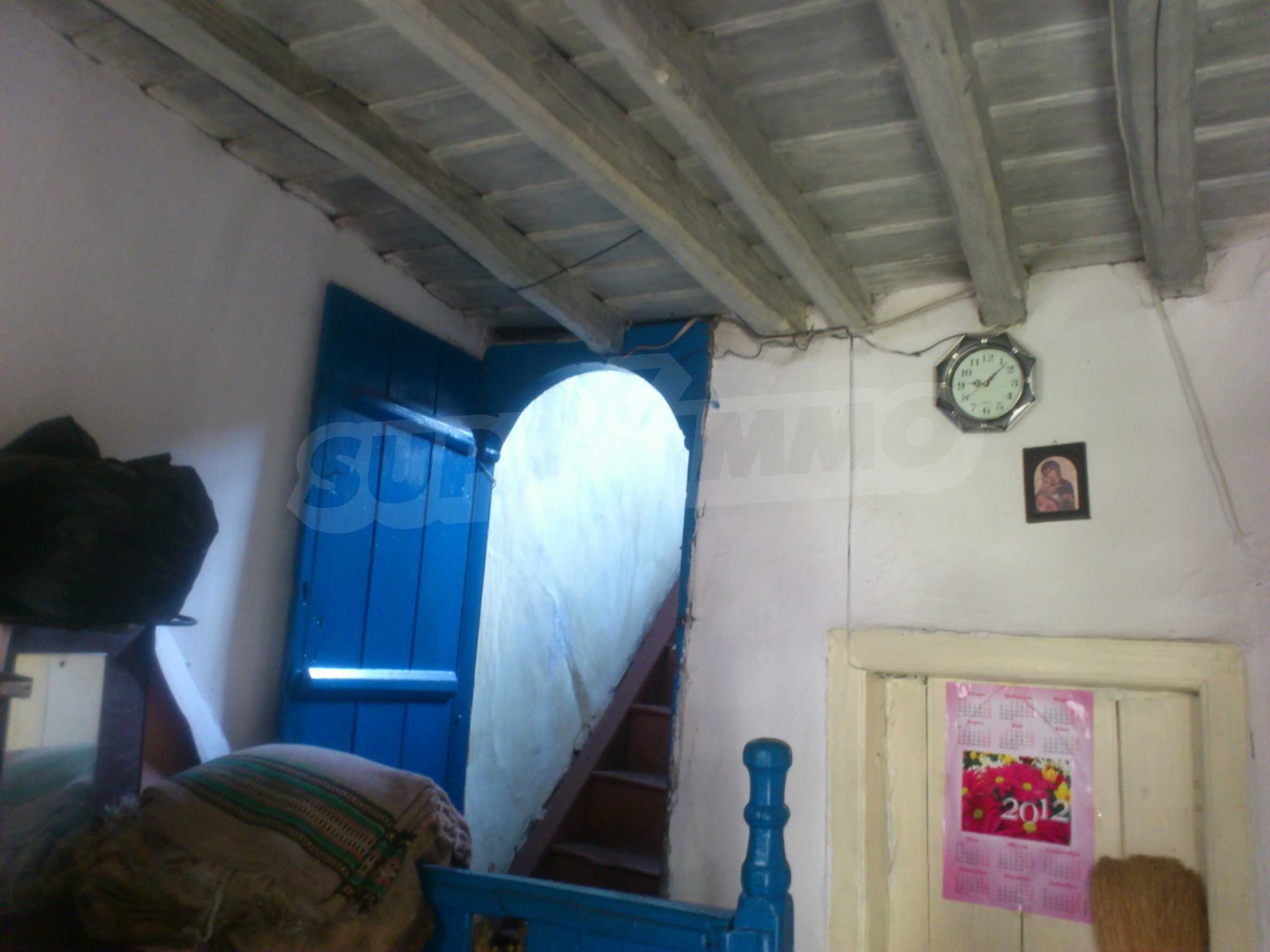 Traditional, spacious house located in the old part of Veliko Tarnovo 6