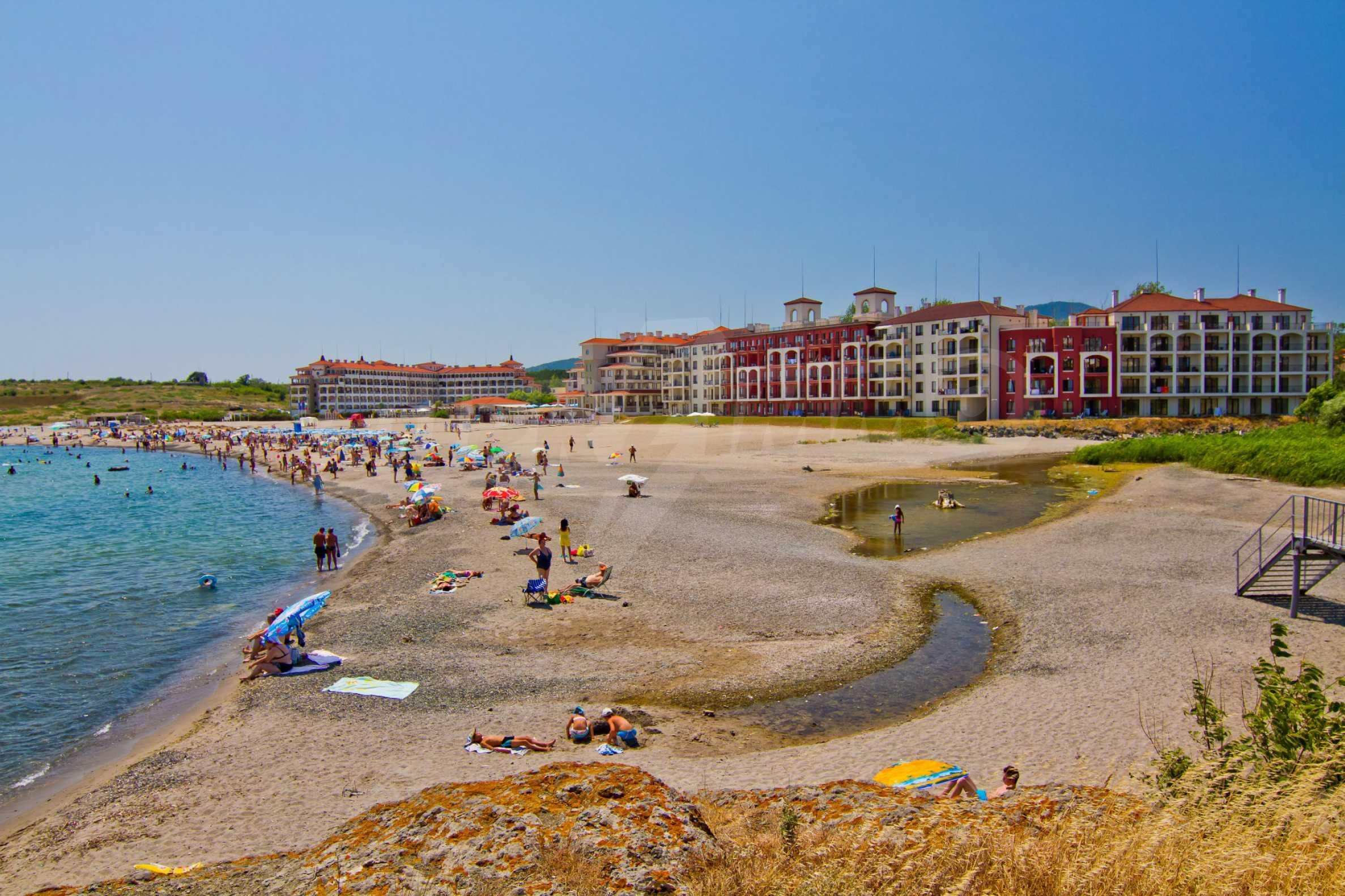 Примеа Бийч Резиденс / Primea Beach Residence 17