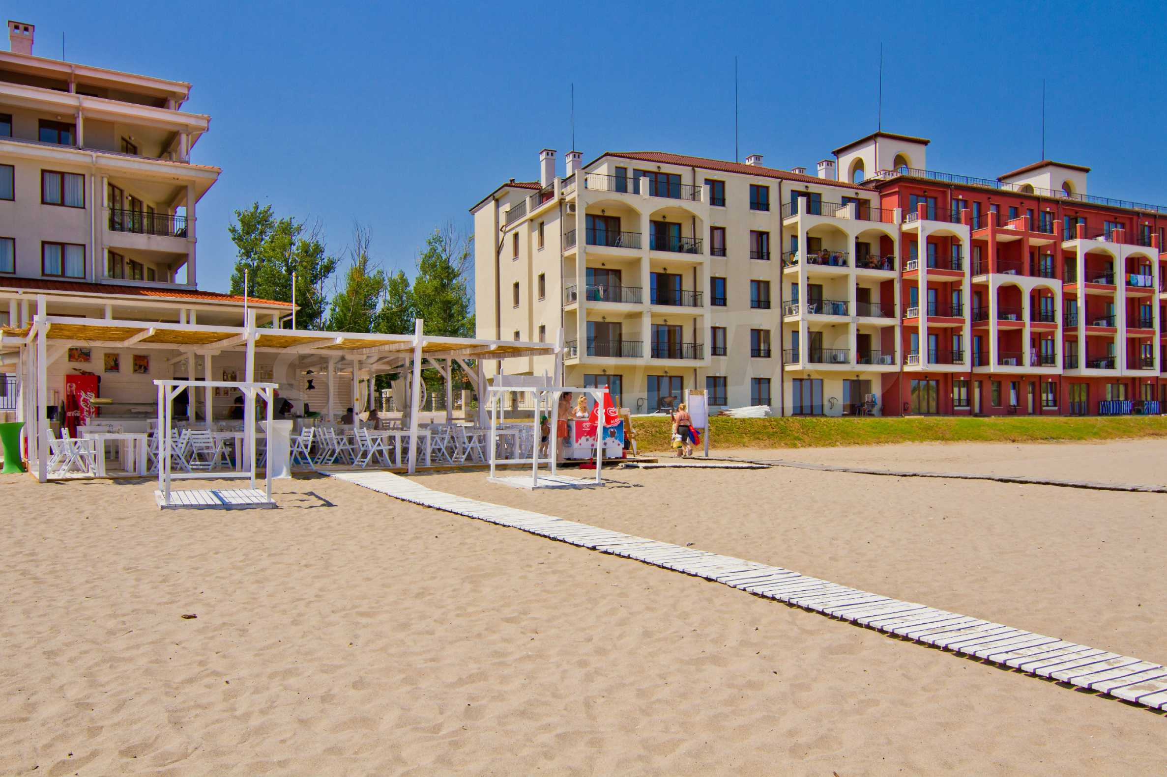 Примеа Бийч Резиденс / Primea Beach Residence 1