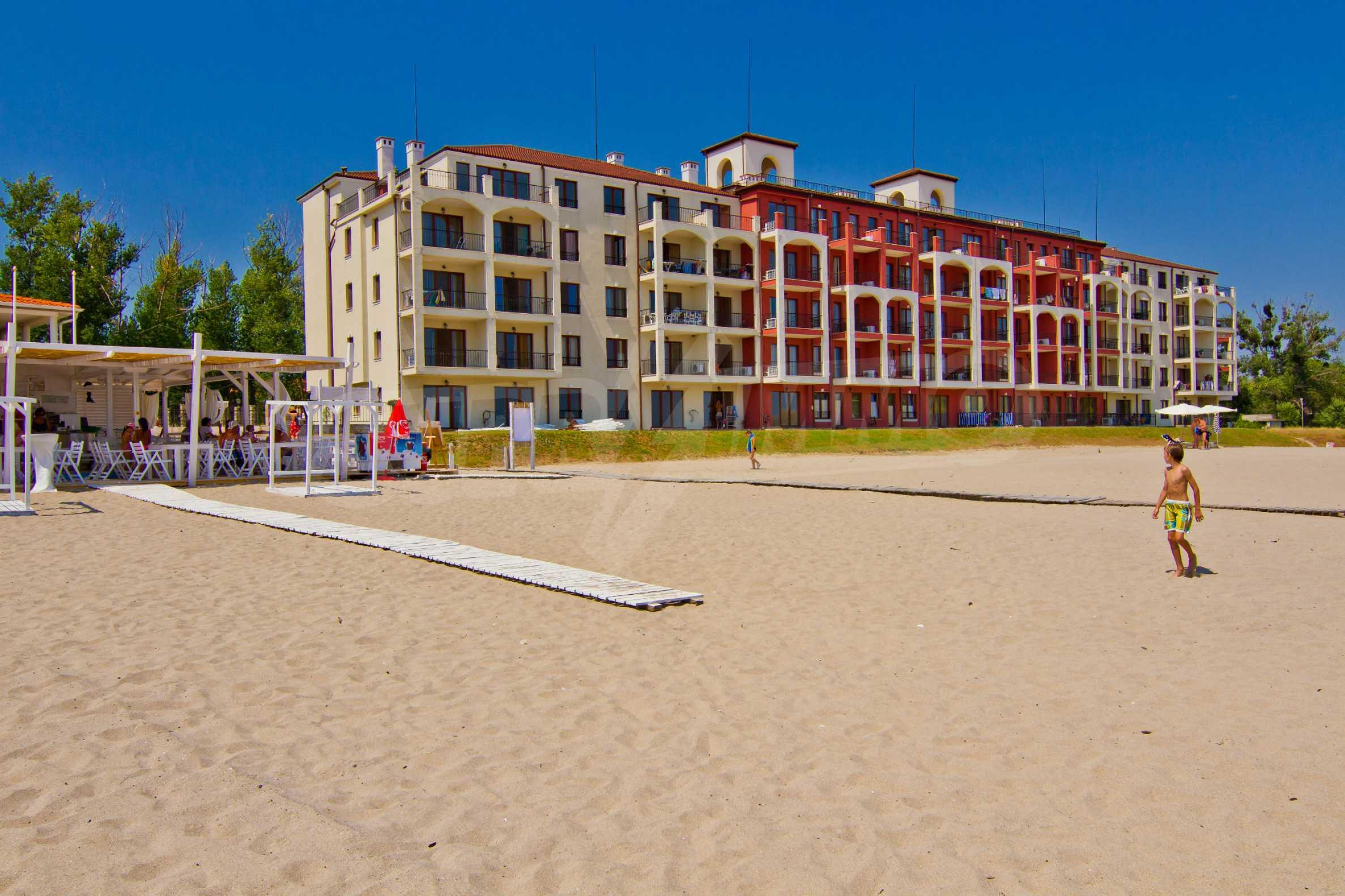 Примеа Бийч Резиденс / Primea Beach Residence 5