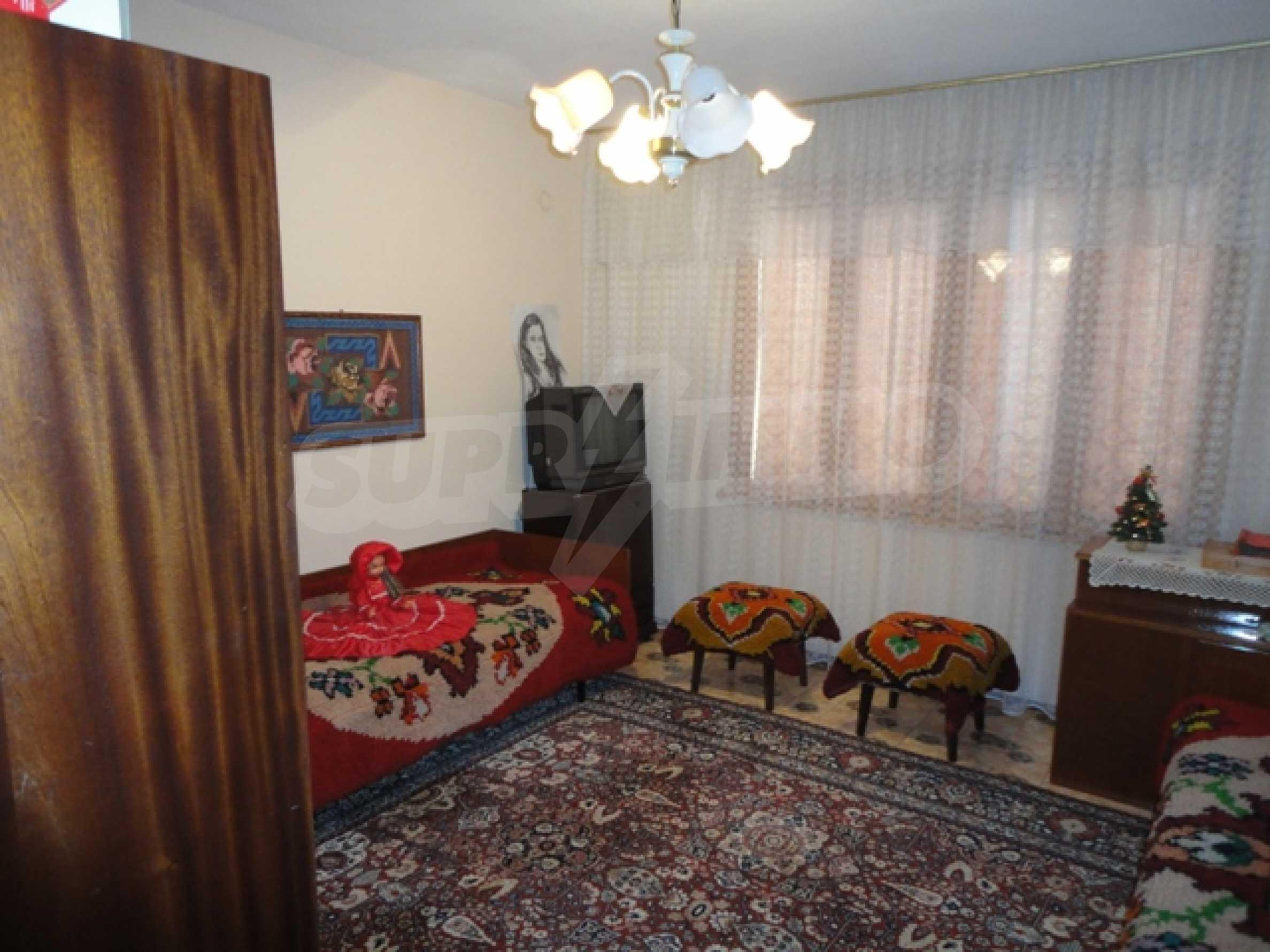 Ухоженный дом в городе Суворово 19