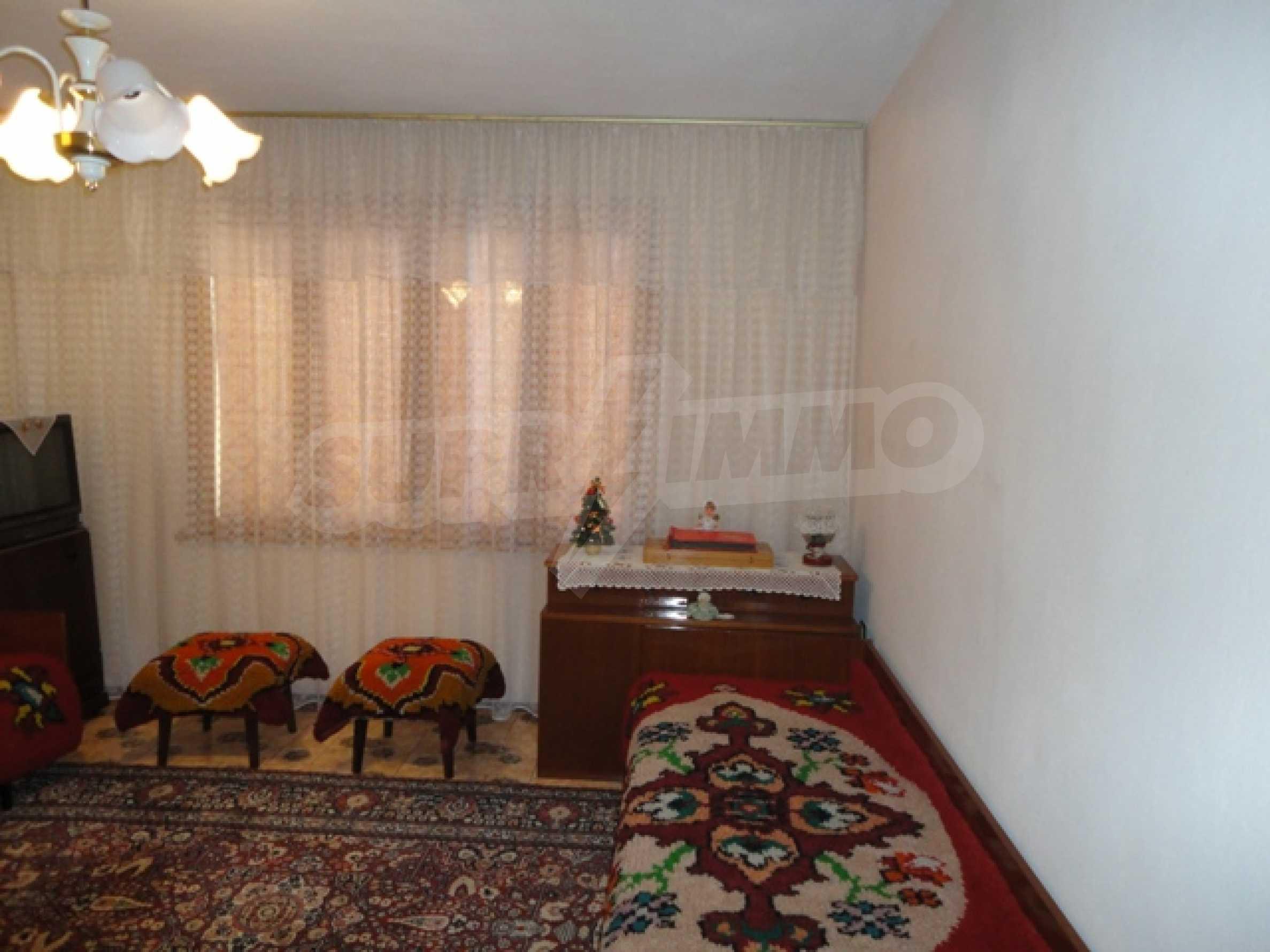 Ухоженный дом в городе Суворово 20