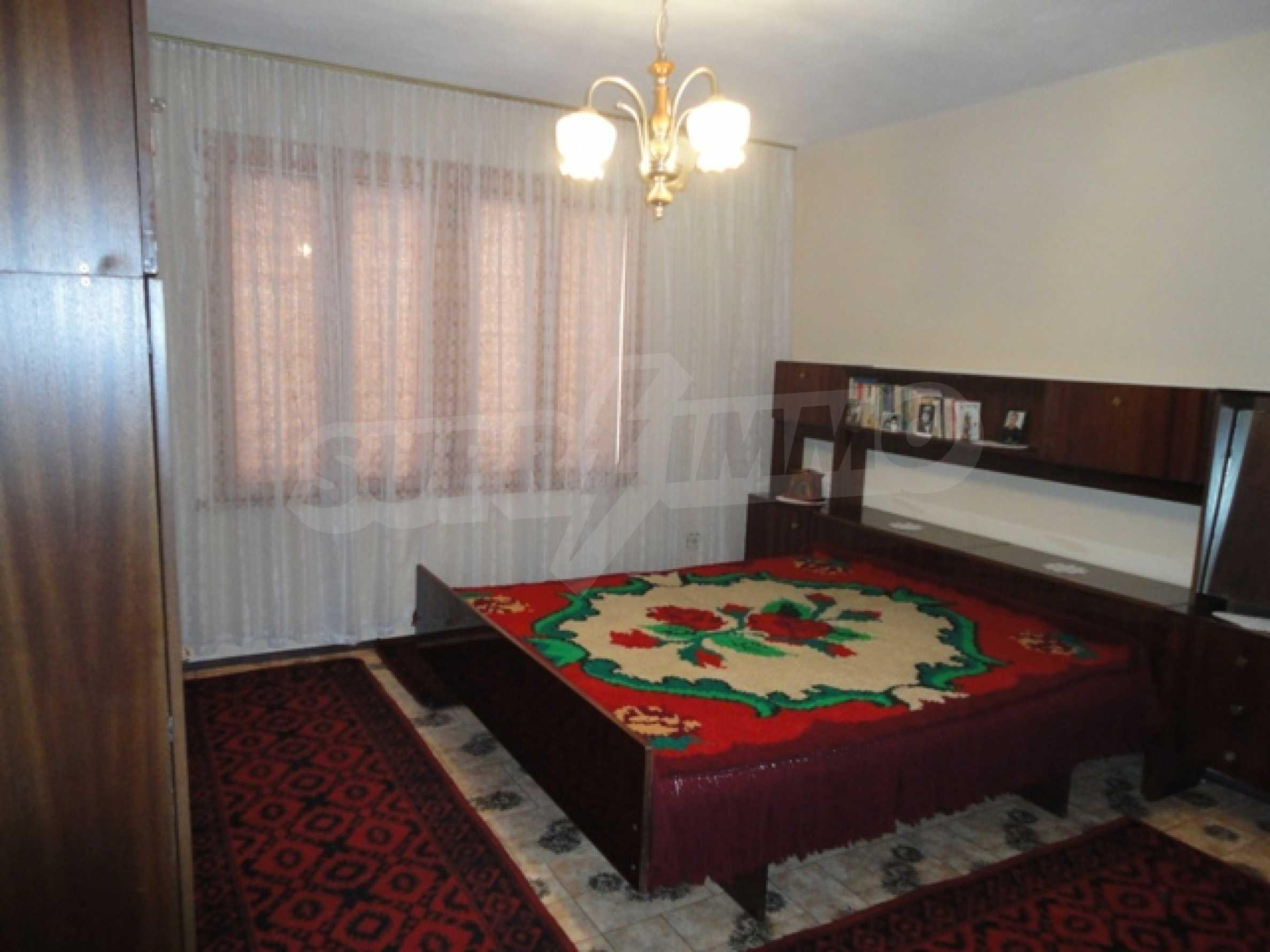 Ухоженный дом в городе Суворово 22