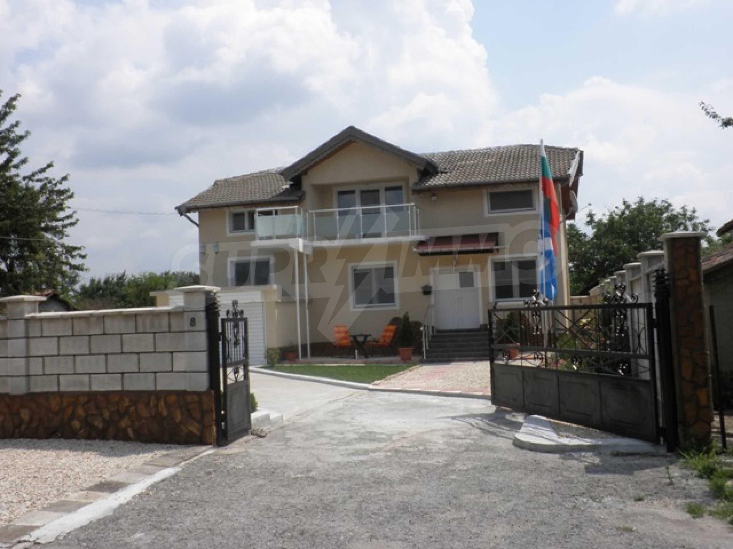 Роскошный дом в Люляково