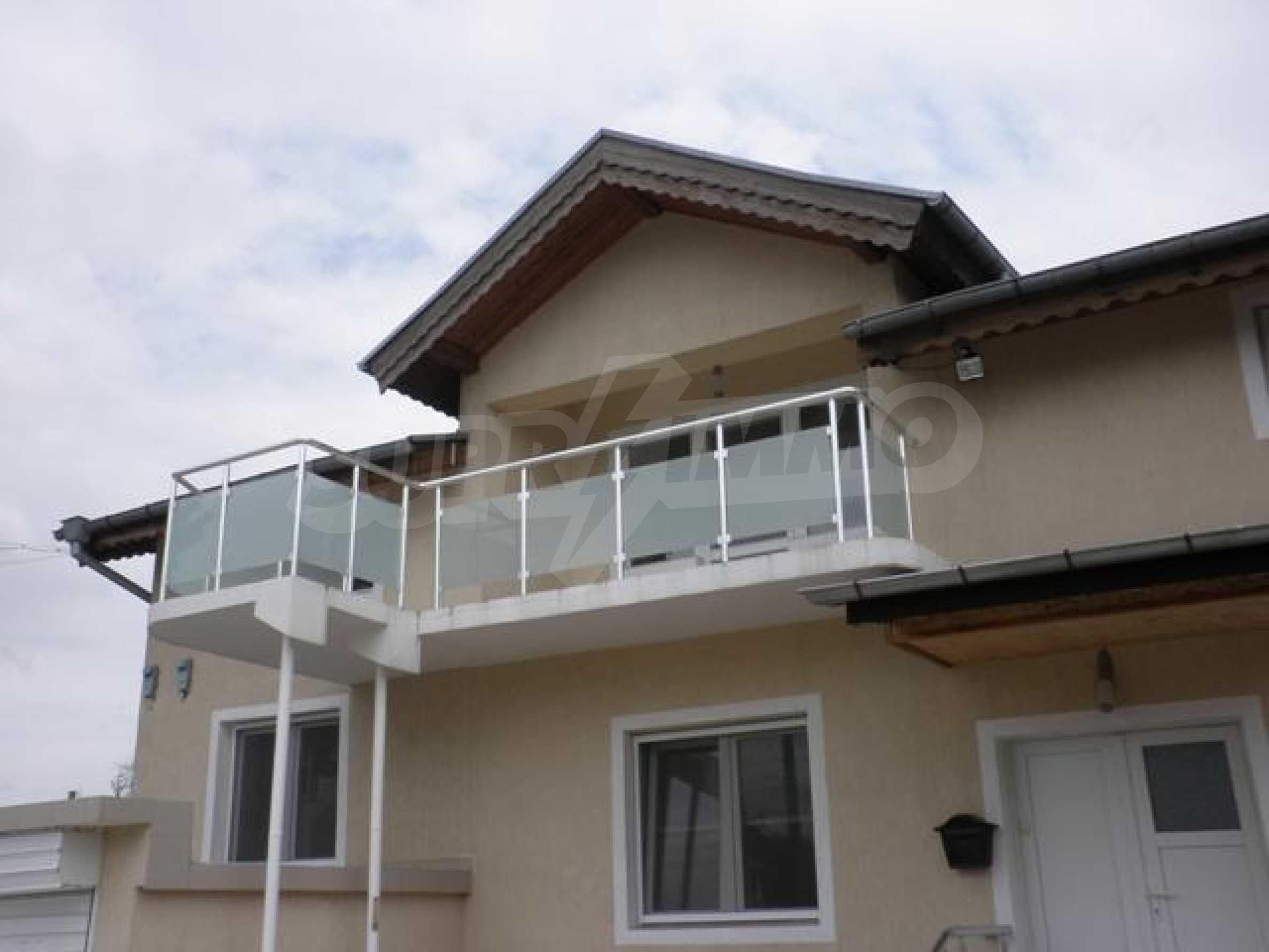 Роскошный дом в Люляково 1