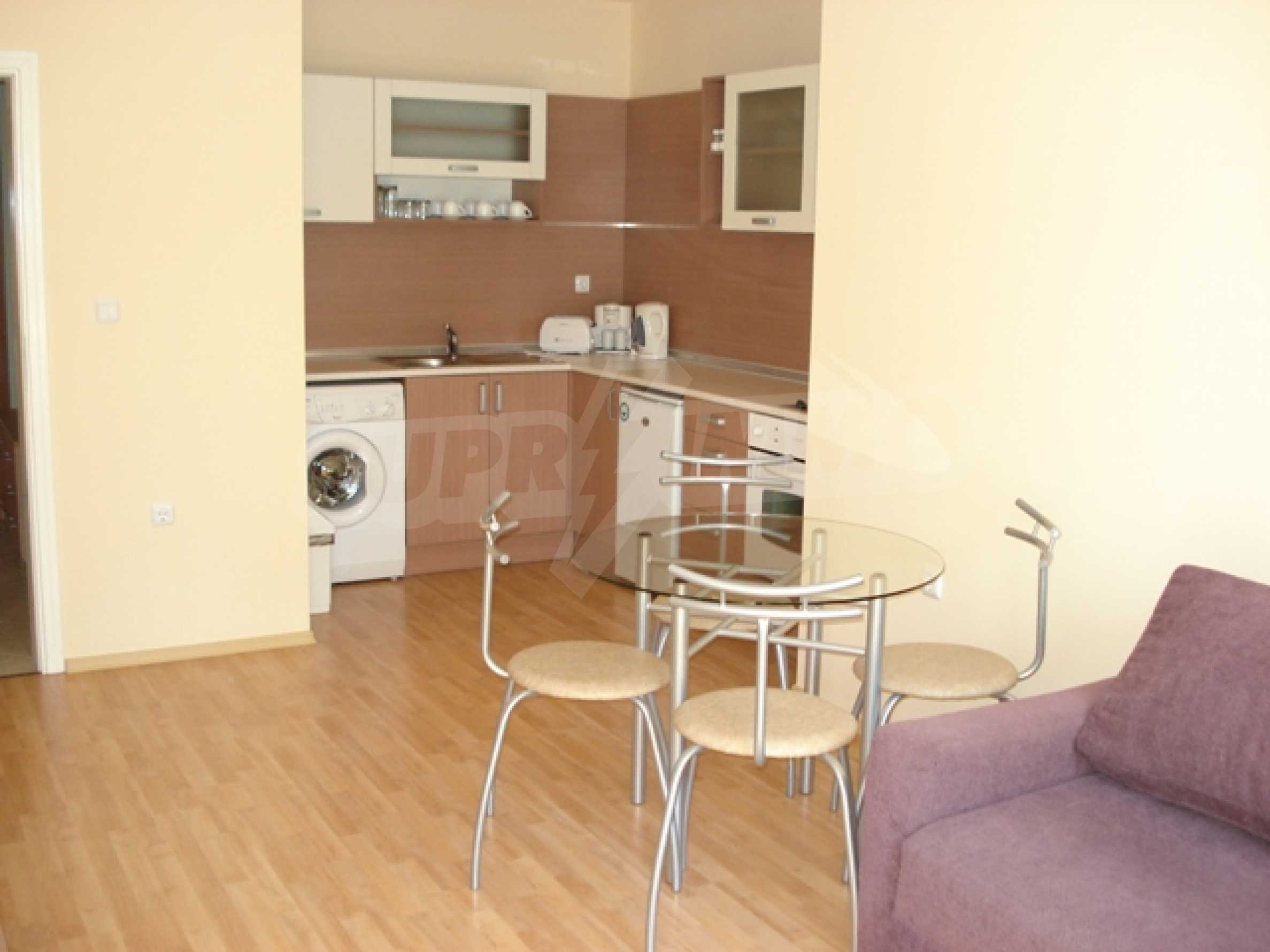 Luxurious, fully furnished apartment walking distance from the sea and the trade center of the city 1