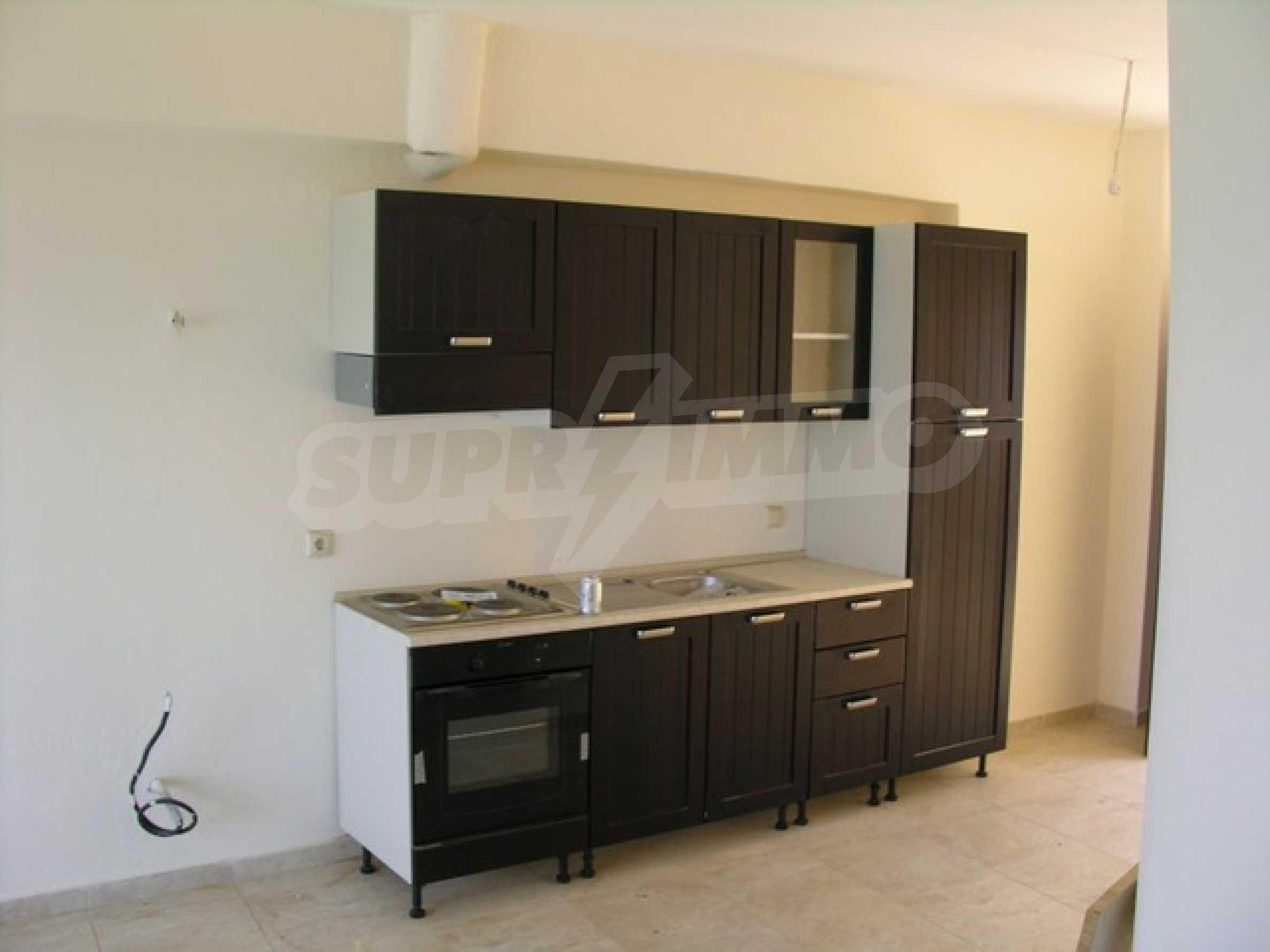 Апартамент  в  Сивири 6