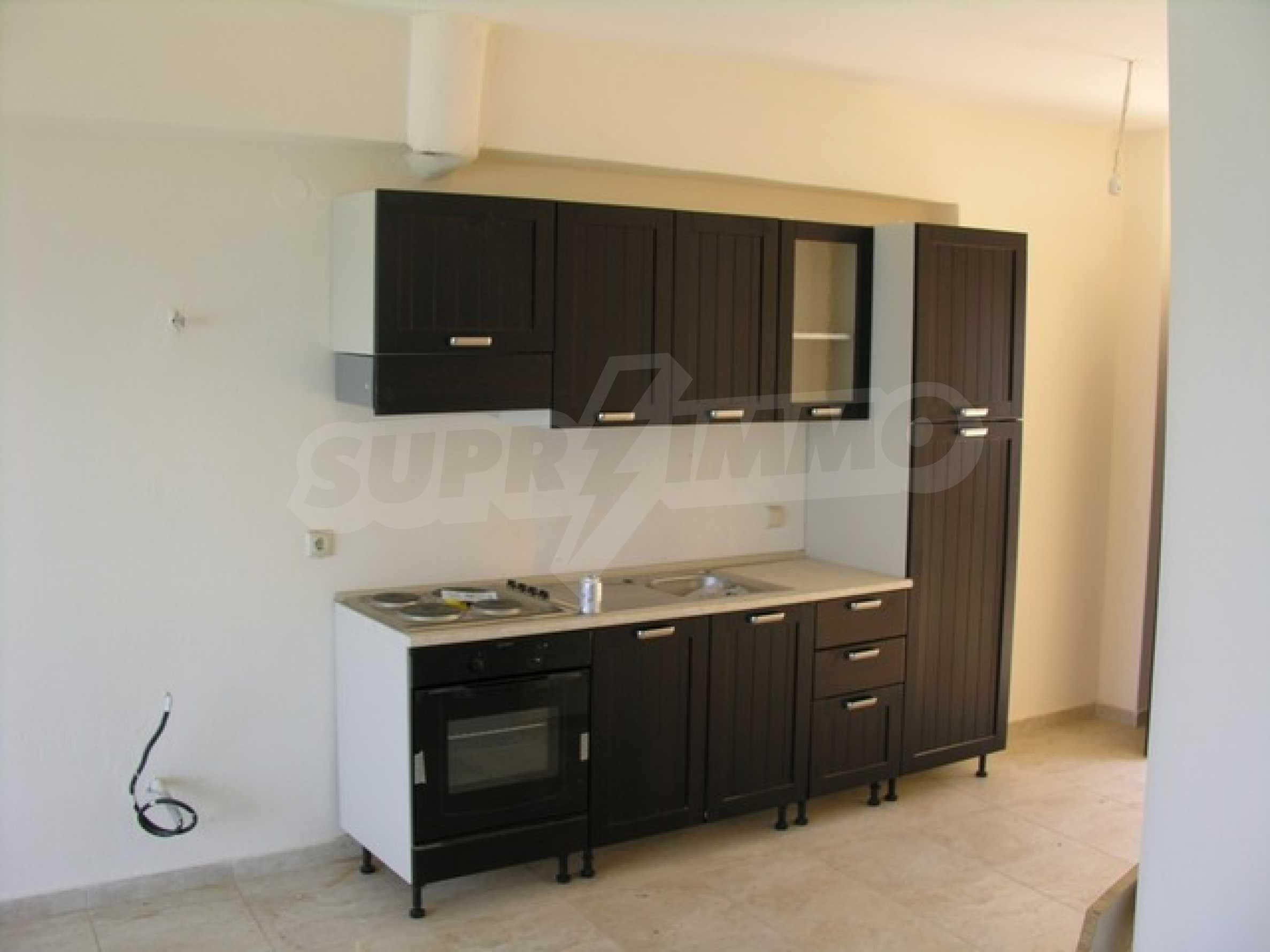 Апартамент  в  Сивири 3