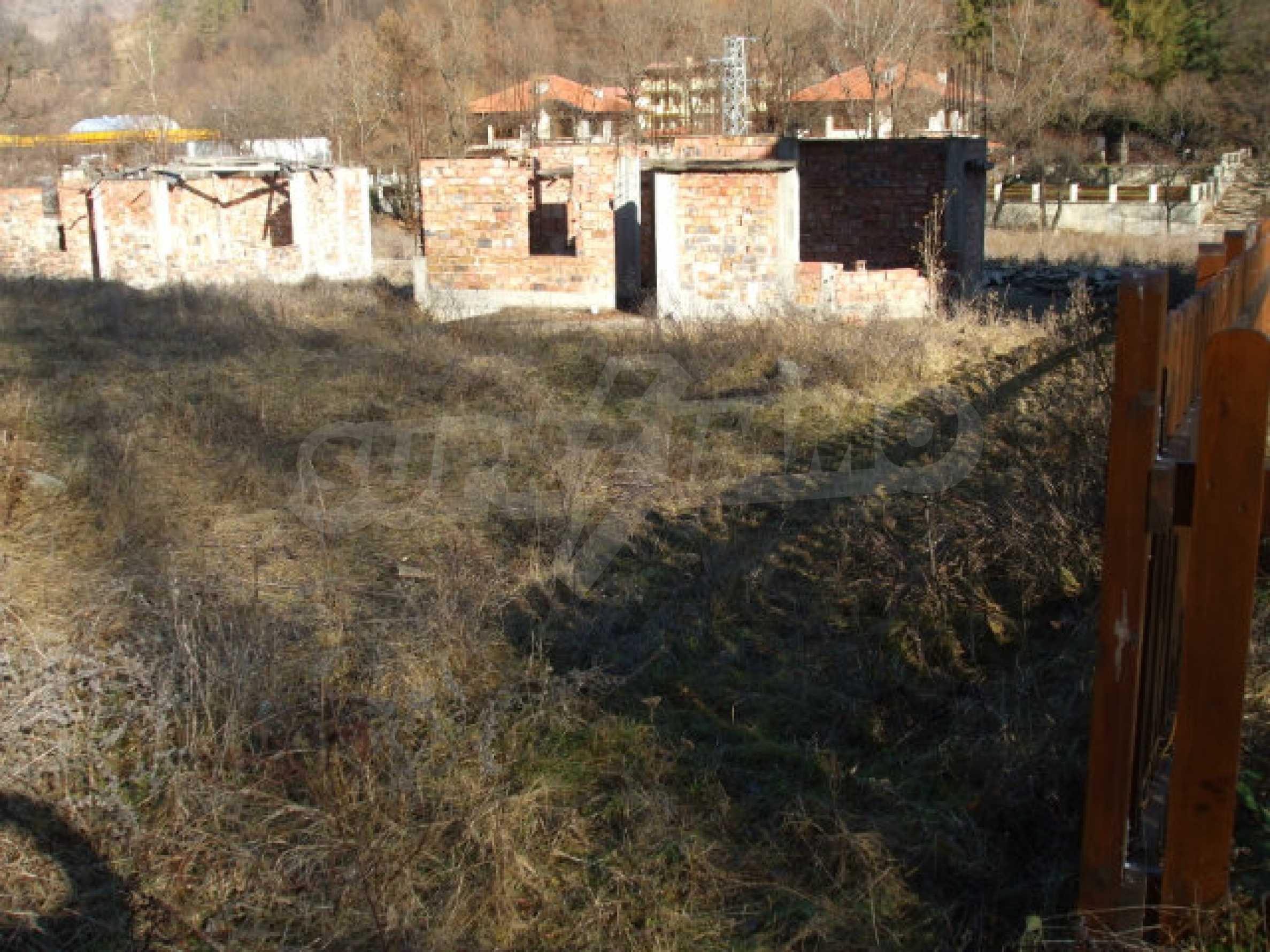 Neugebaute dreistöckige Villa in Ribaritsa 24