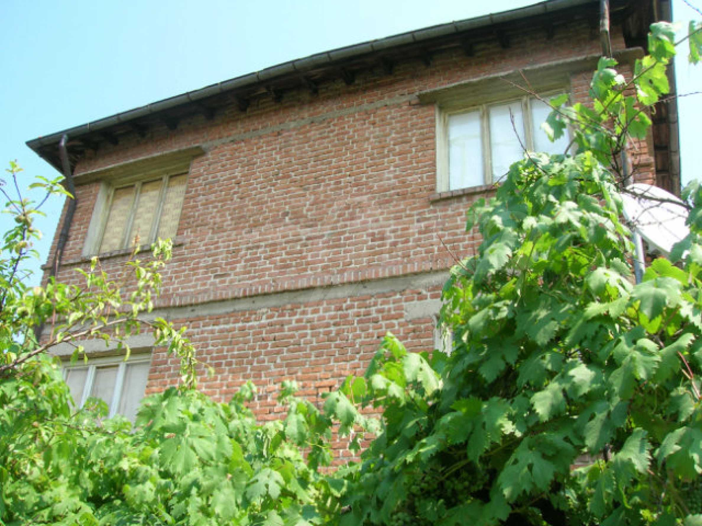 Spacious house with garden for sale in Haskovo 2