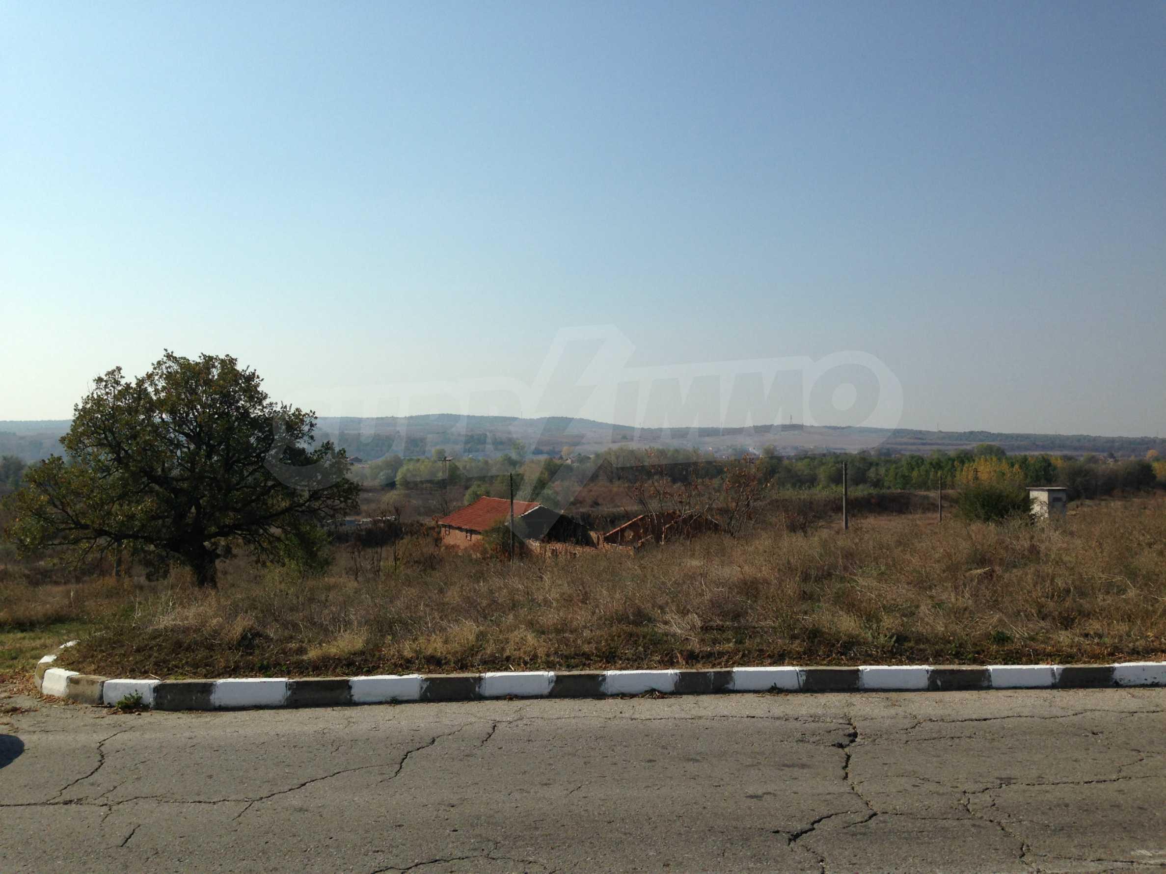 Regulated plot of land at main road near the Maritsa river
