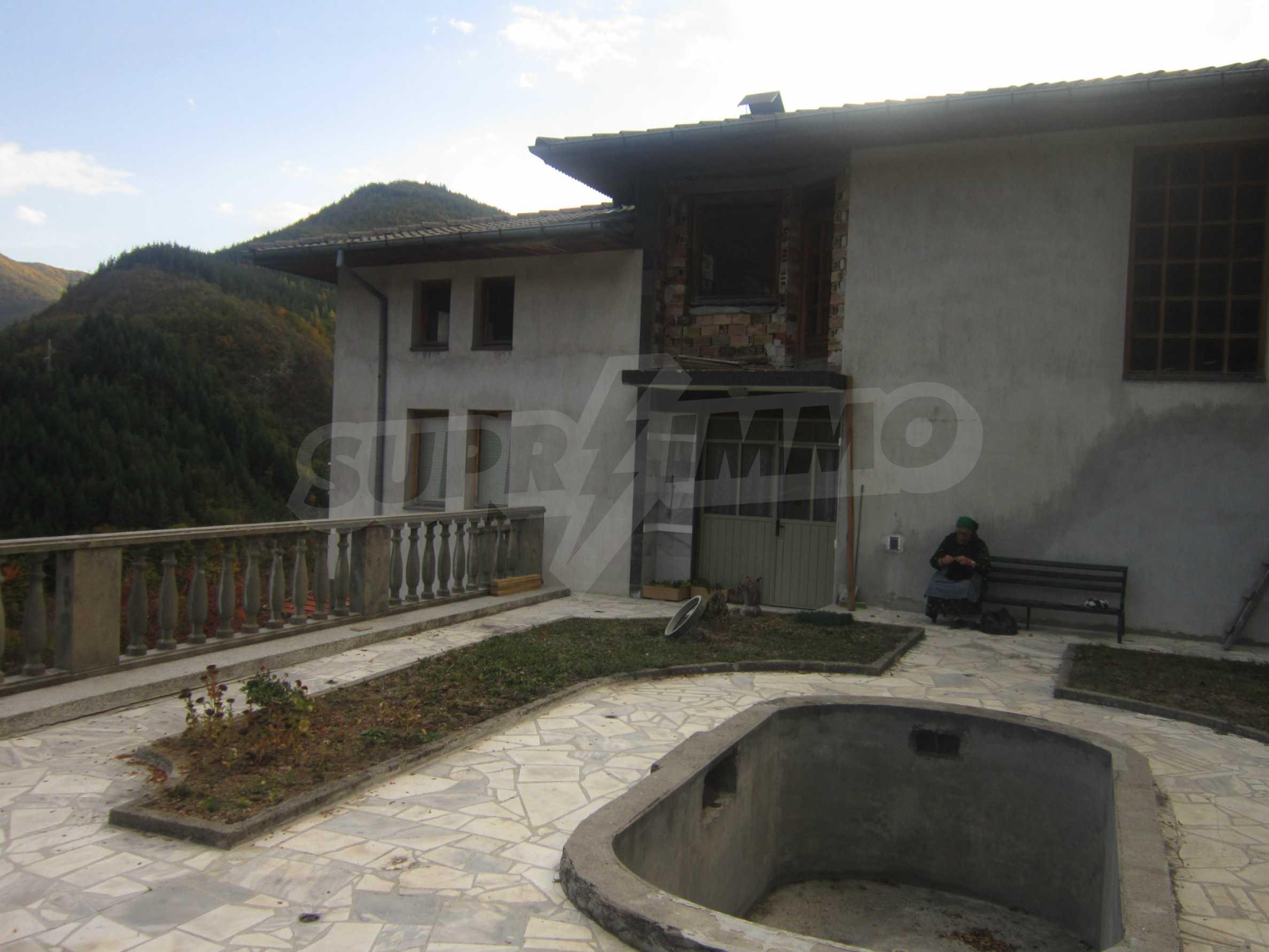 3-storey house with garden near Smolyan 68