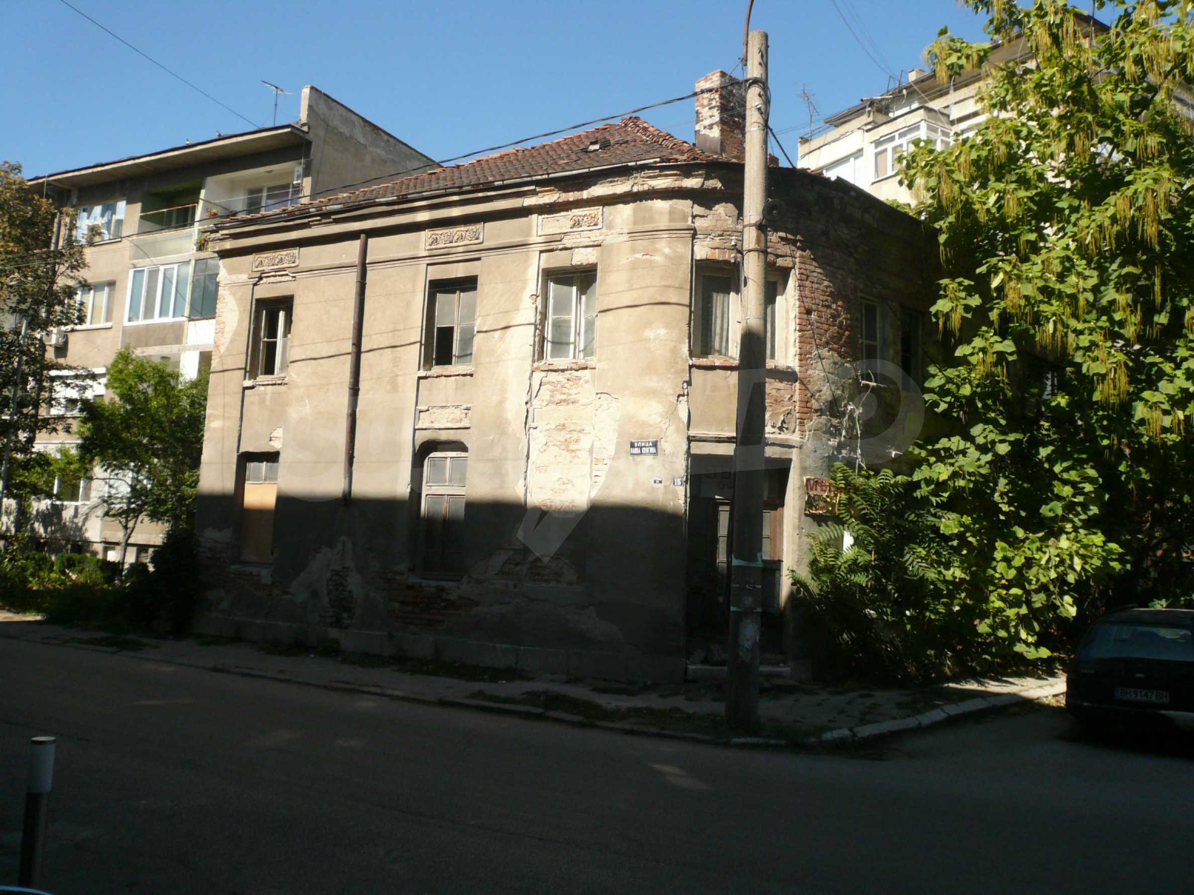 House with excellent location in the district of Kaleto 1