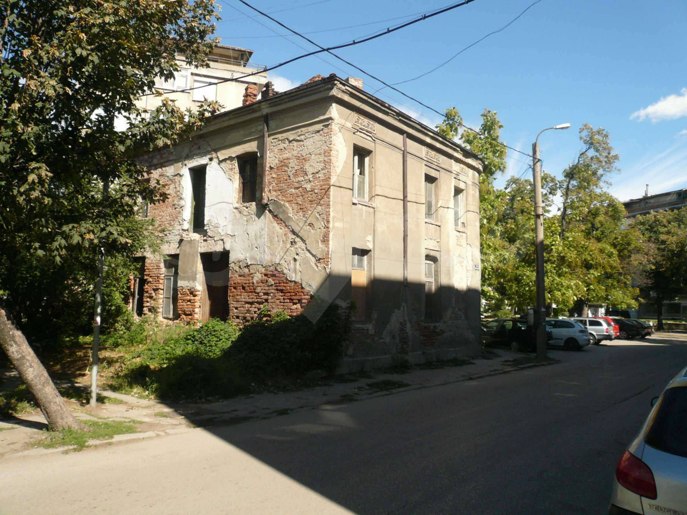 House with excellent location in the district of Kaleto 2