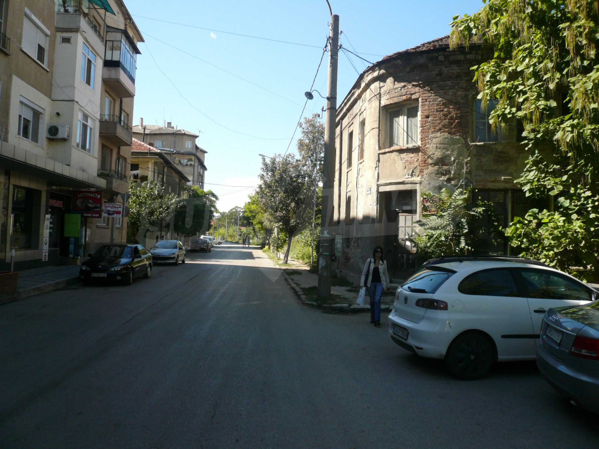 House with excellent location in the district of Kaleto 5