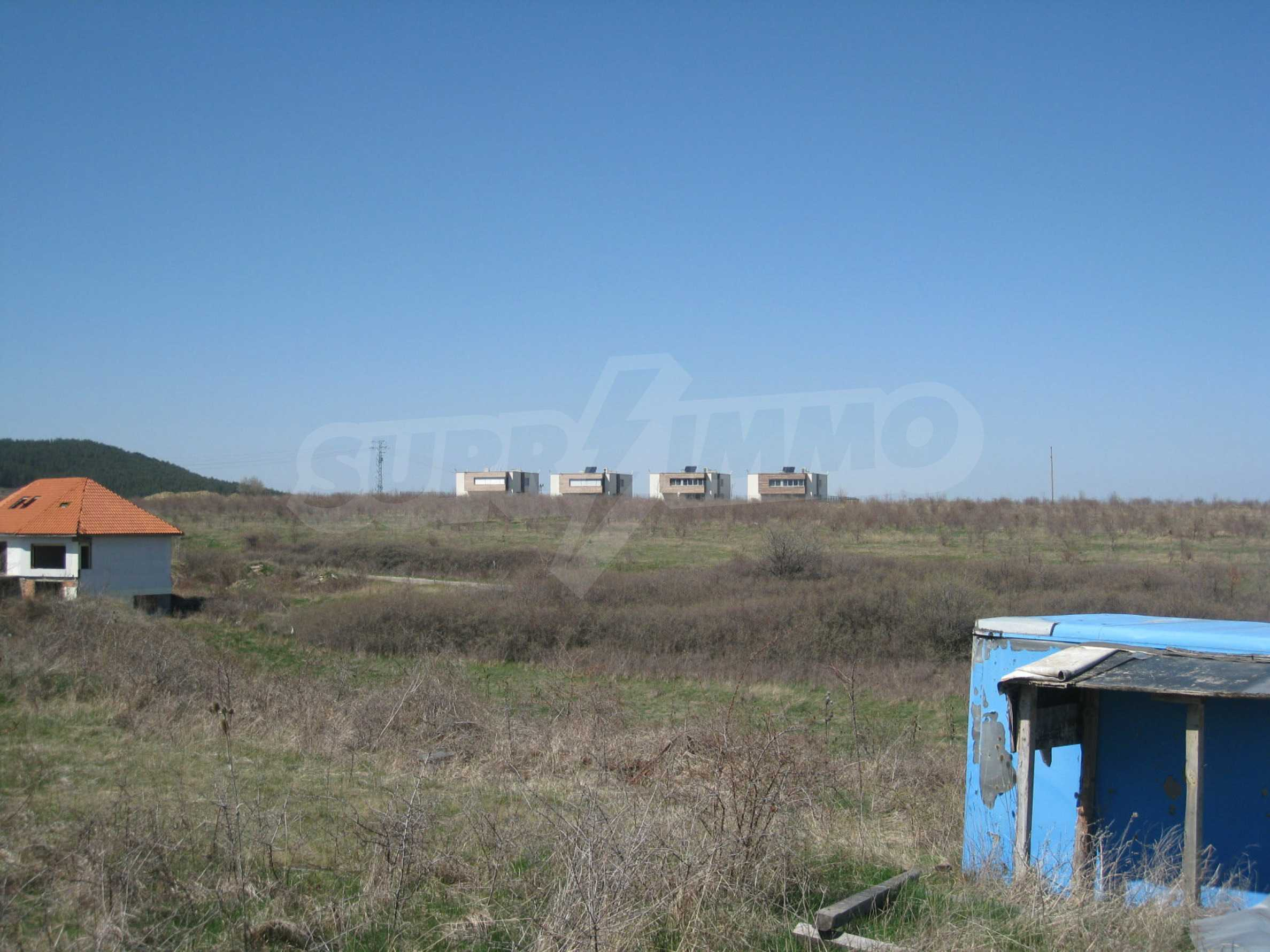 Reguliertes Grundstück für den Bau eines Privathauses oder einer Villa in der Nähe von Sofia 12