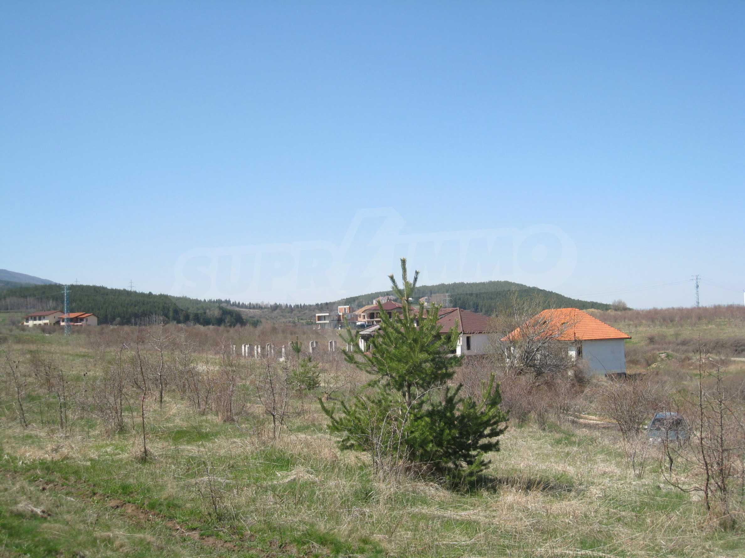 Reguliertes Grundstück für den Bau eines Privathauses oder einer Villa in der Nähe von Sofia 18