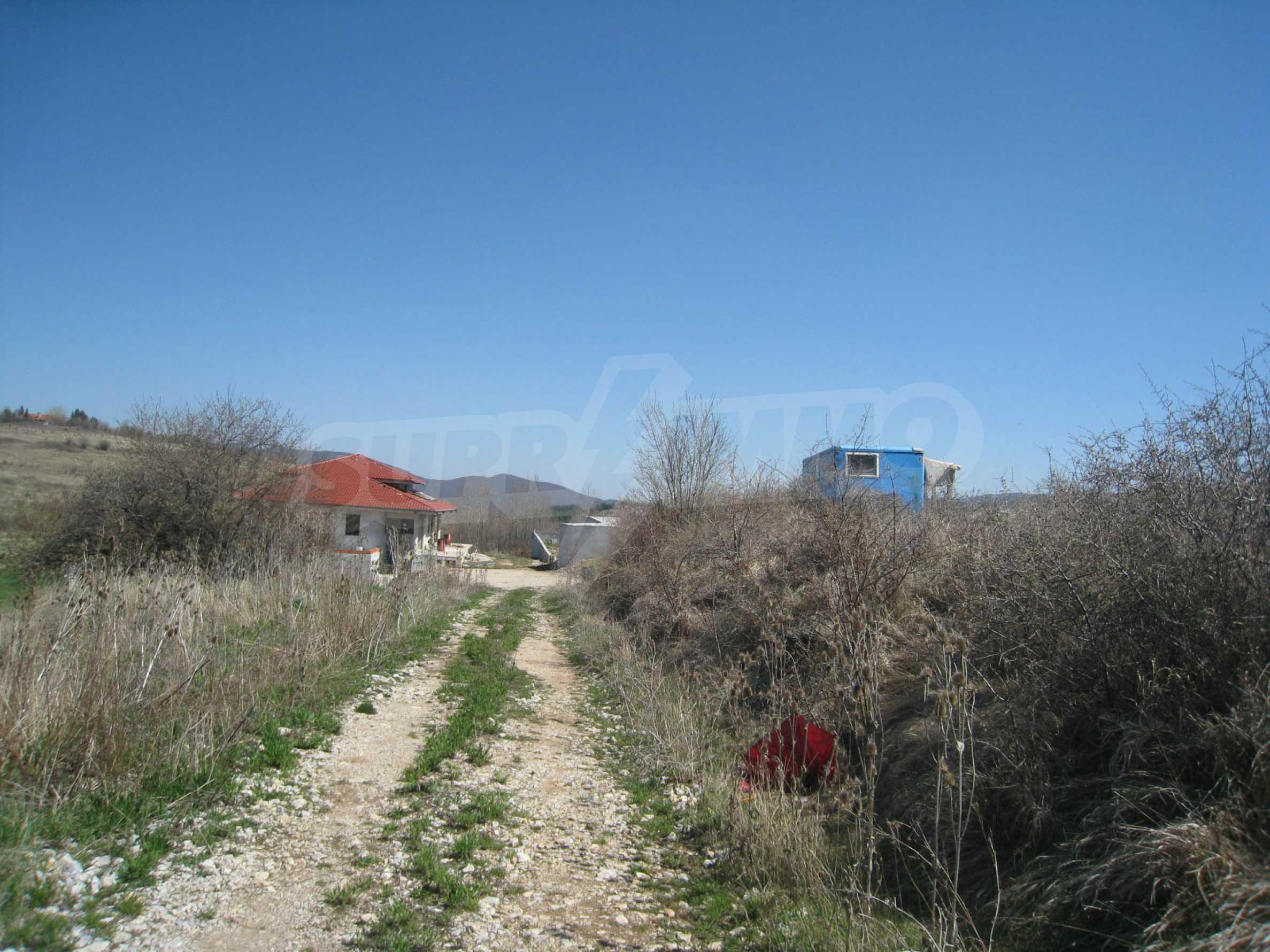 Reguliertes Grundstück für den Bau eines Privathauses oder einer Villa in der Nähe von Sofia 28