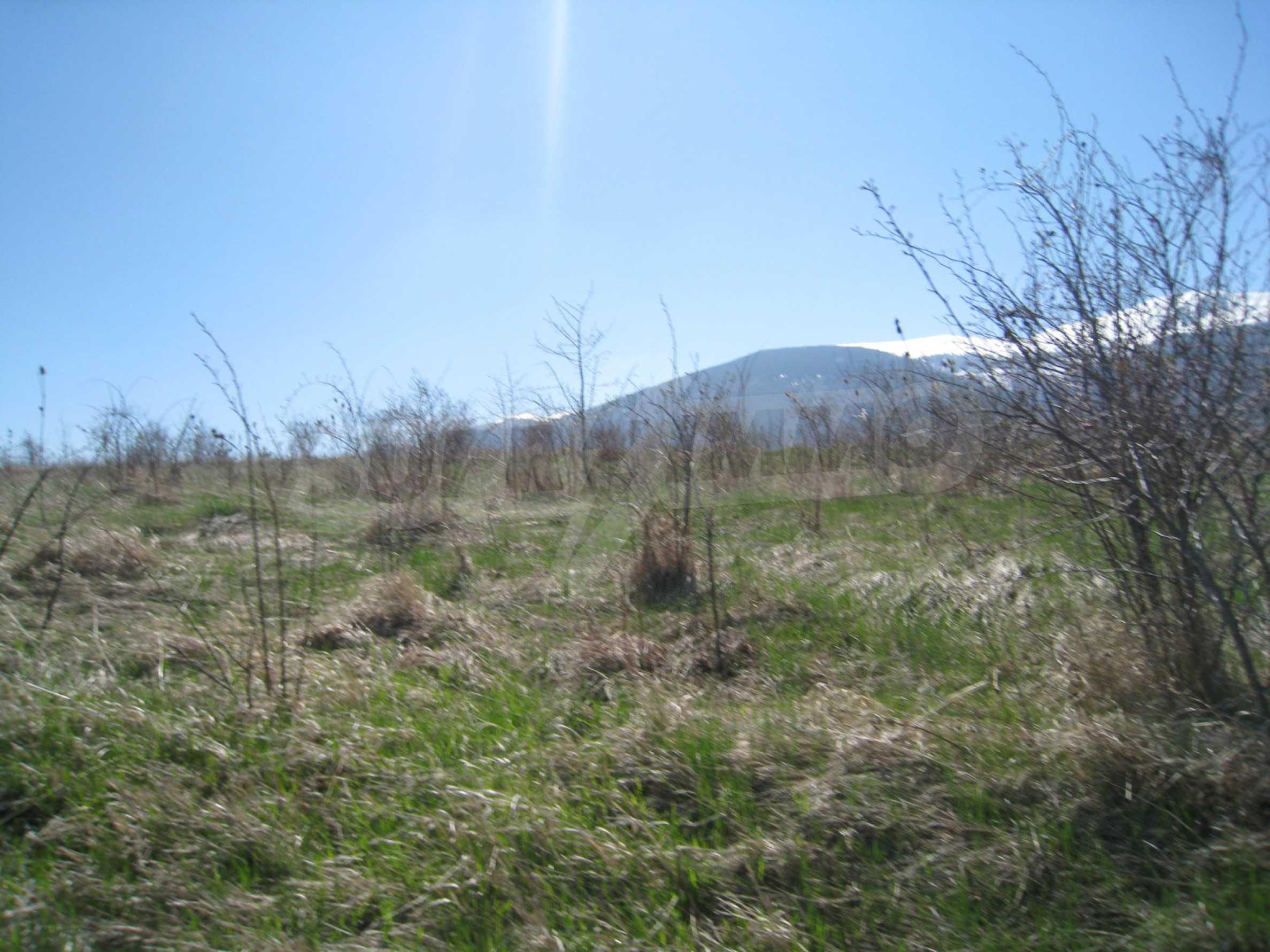 Reguliertes Grundstück für den Bau eines Privathauses oder einer Villa in der Nähe von Sofia 2