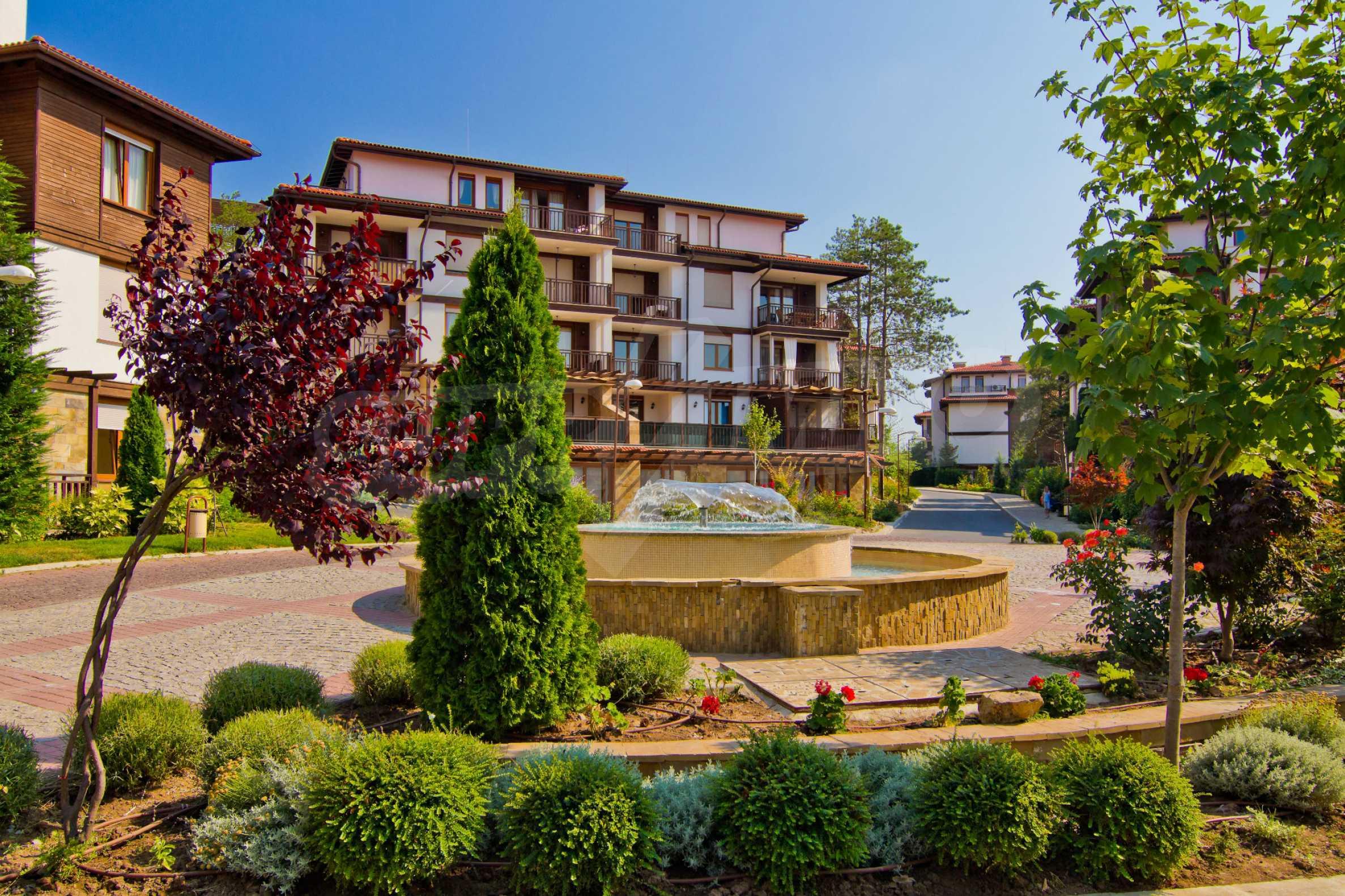 Впечатляващ комплекс с ваканционни жилища в близост до Созопол 13
