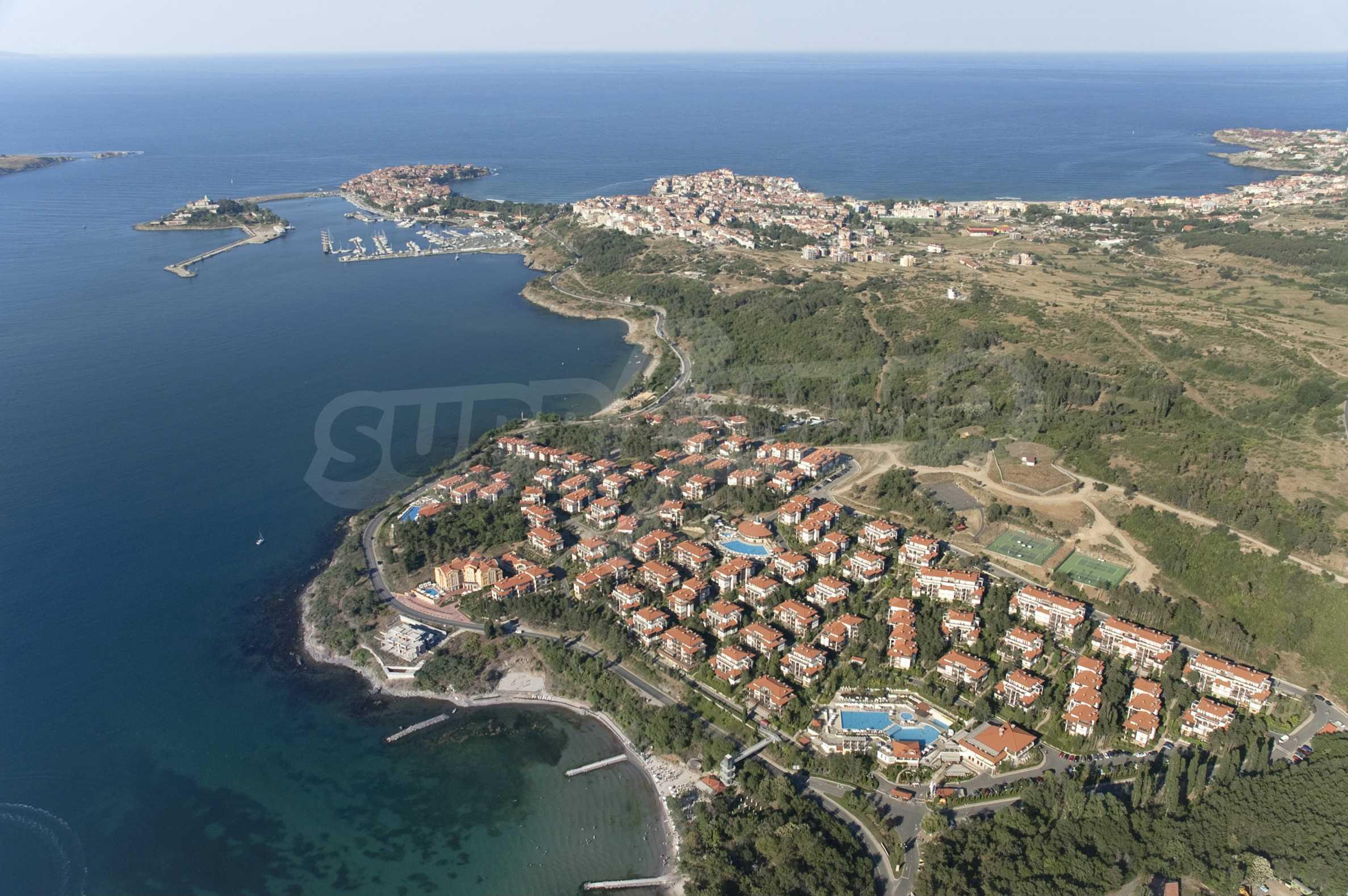 Впечатляващ комплекс с ваканционни жилища в близост до Созопол 3