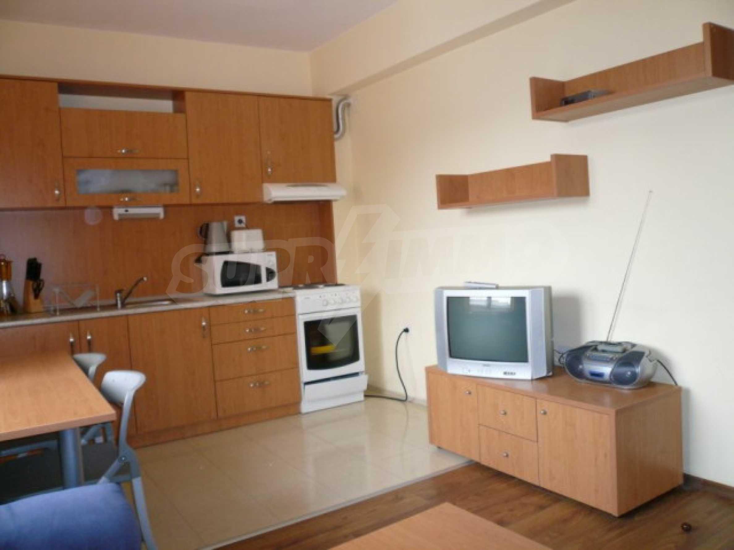 Двустаен апартамент за продажба в гр. Банско 3