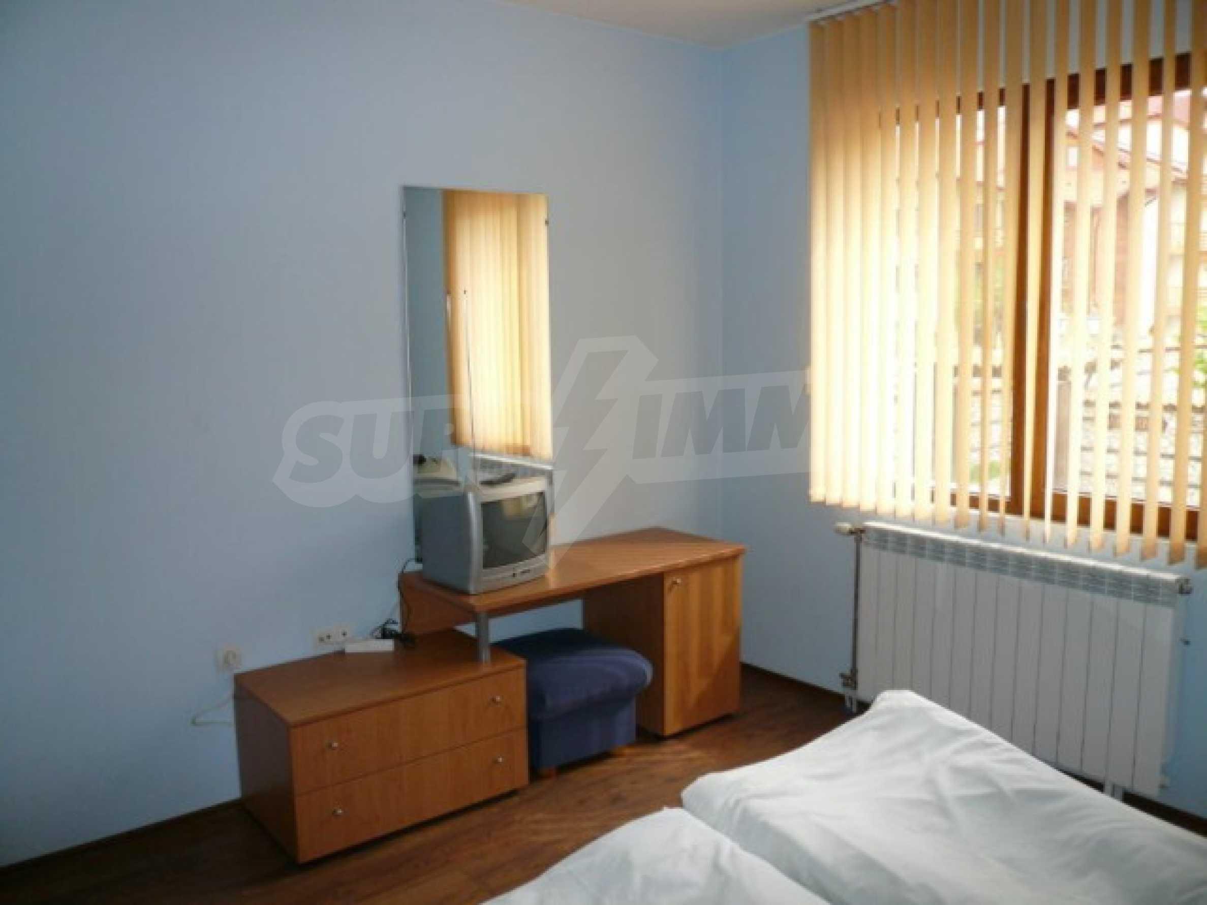 Двустаен апартамент за продажба в гр. Банско 5