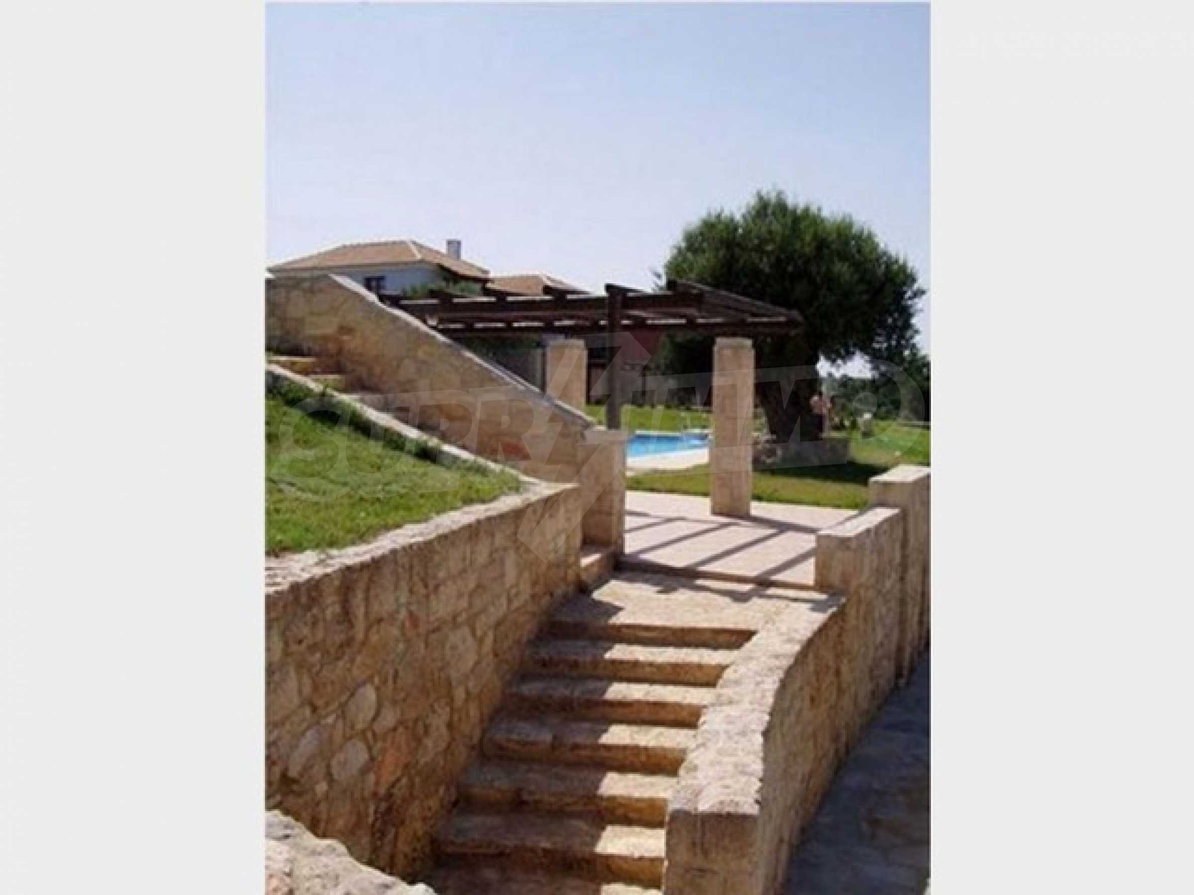 Къща  в  Афитос 10