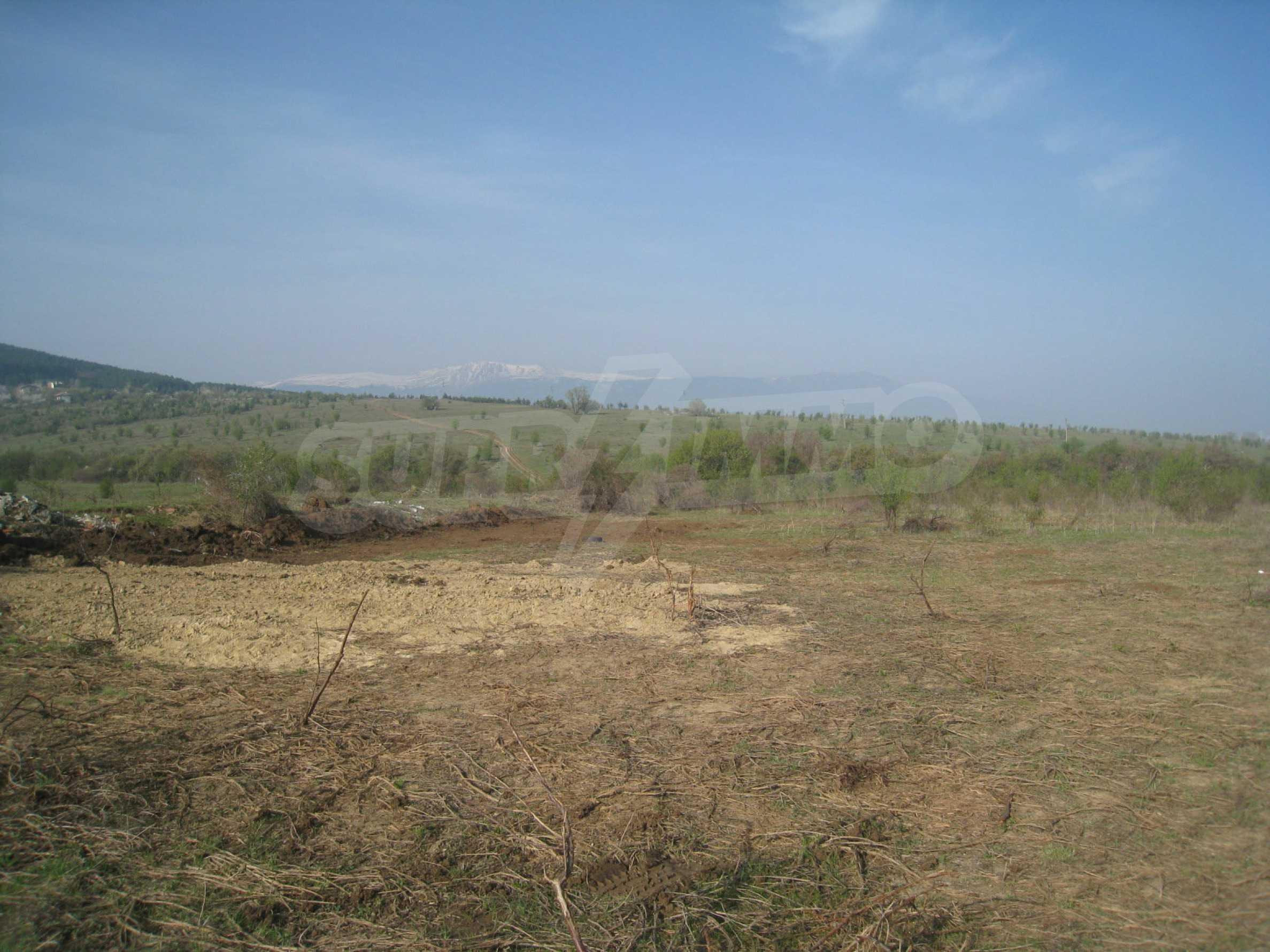 Investitionsgrundstück 2 km von der Sofia-Ringstraße entfernt