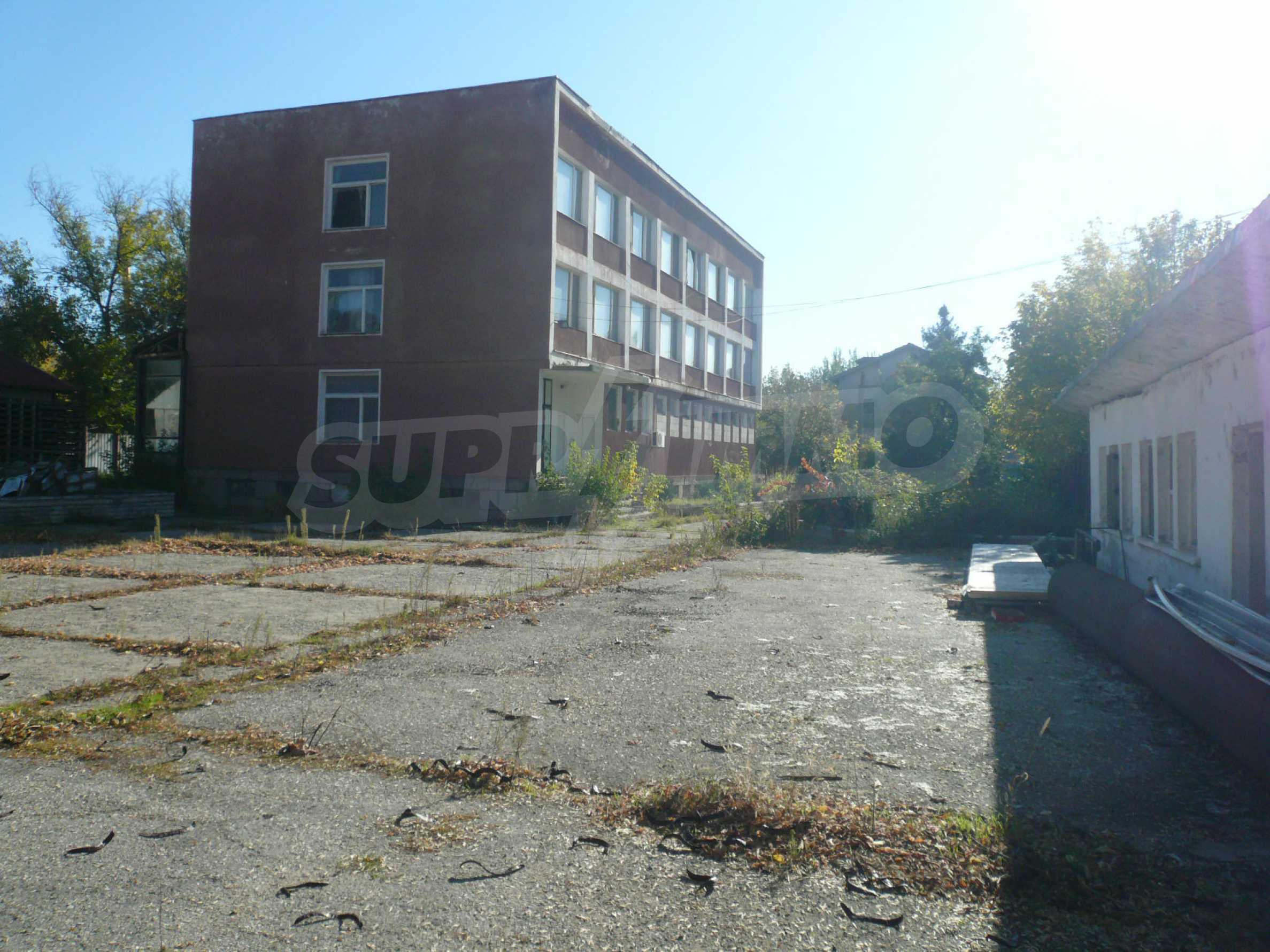 Industrial building near communications in Vidin