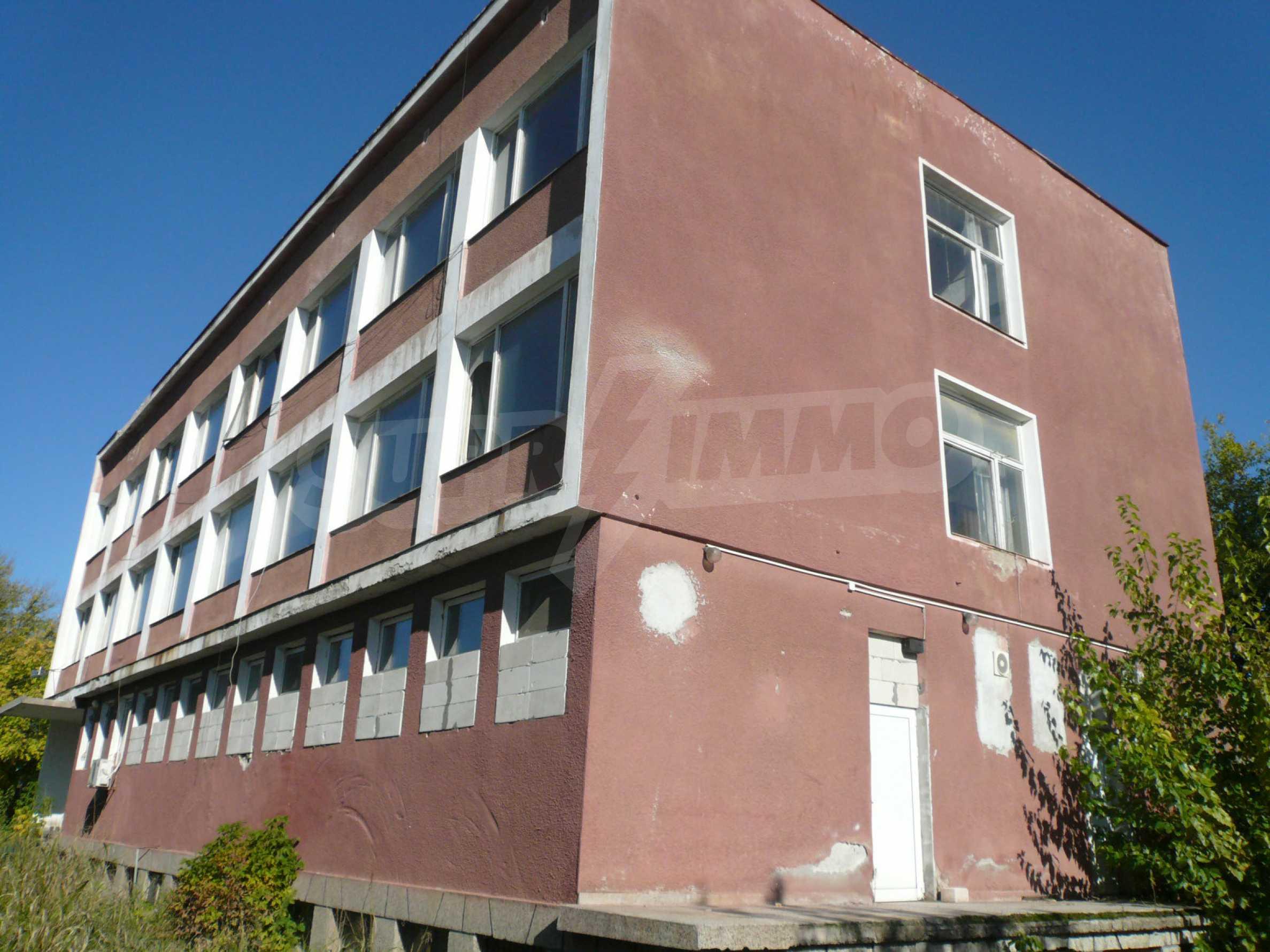 Industrial building near communications in Vidin 2