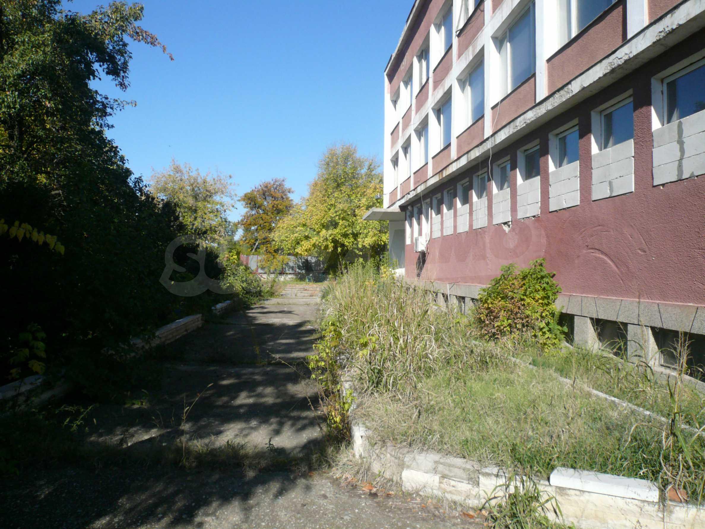 Industrial building near communications in Vidin 4