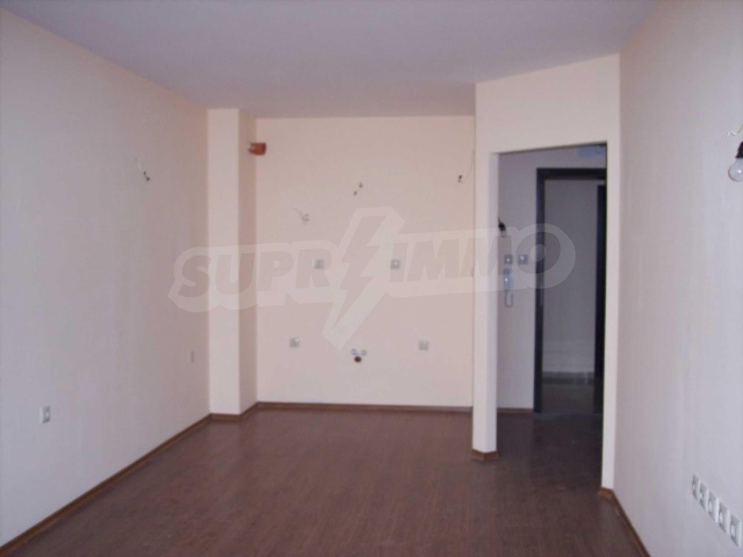 Двухкомнатная квартира в к.к. Золотые пески 2