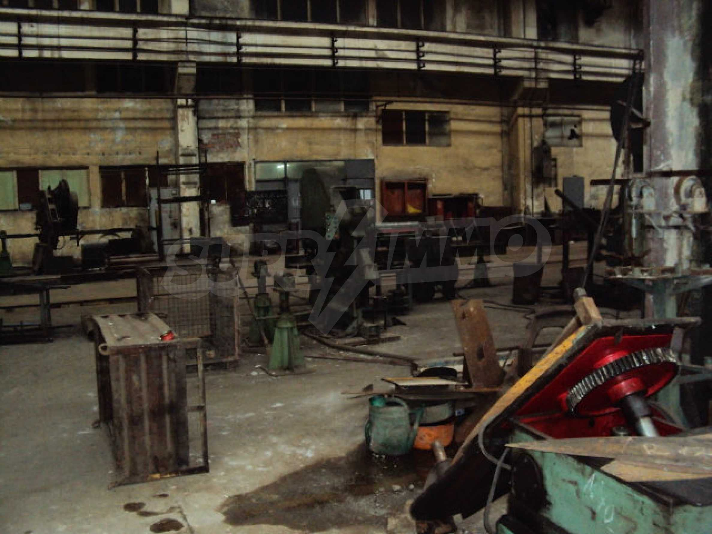 Предприятие за метални заготовки във Велико Търново 32