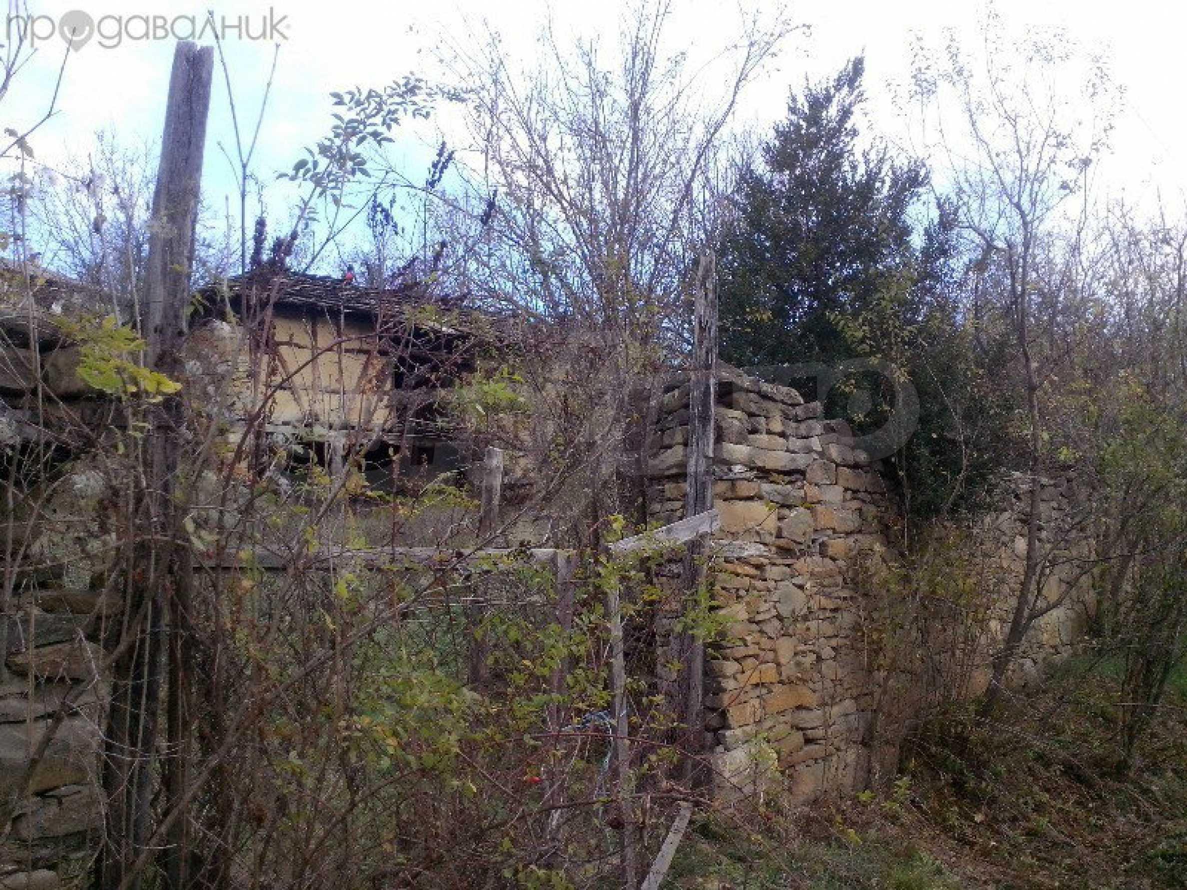 Tolles Grundstück auf dem trojanischen Balkan, 9 km von der Stadt entfernt 9