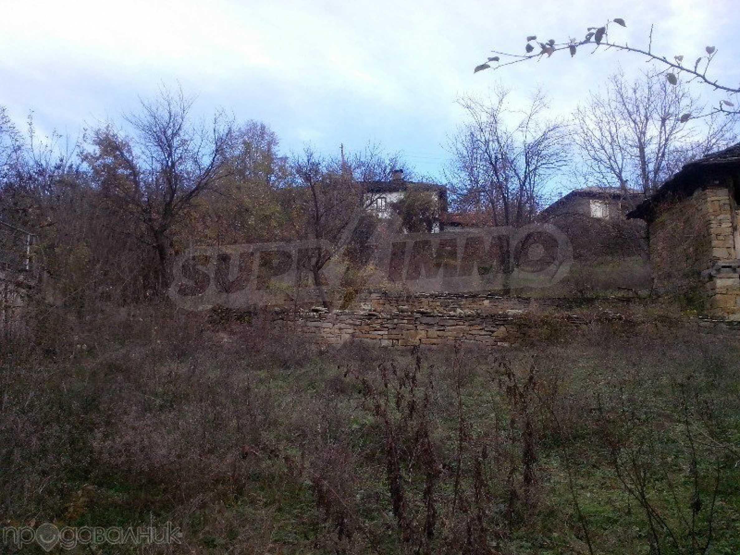 Tolles Grundstück auf dem trojanischen Balkan, 9 km von der Stadt entfernt 4