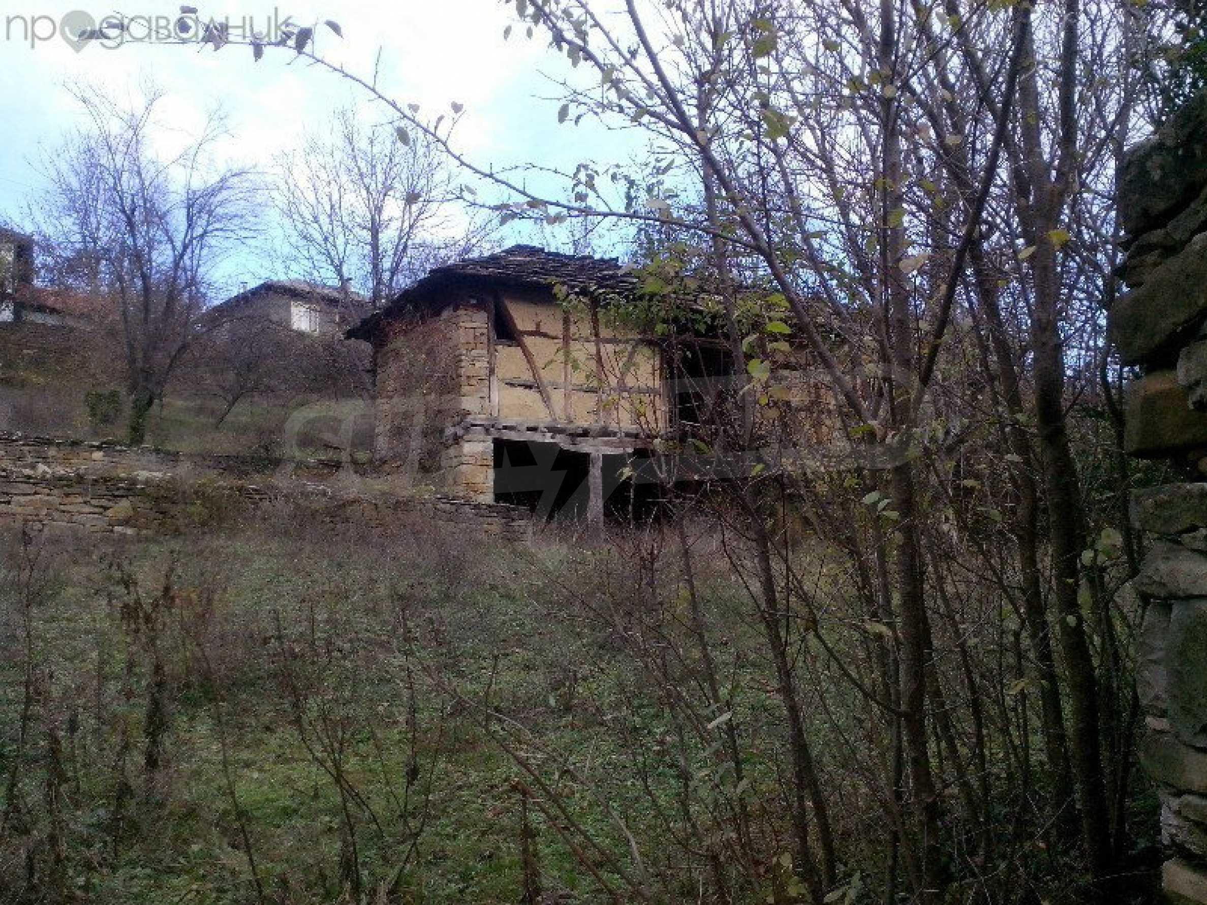 Tolles Grundstück auf dem trojanischen Balkan, 9 km von der Stadt entfernt 5